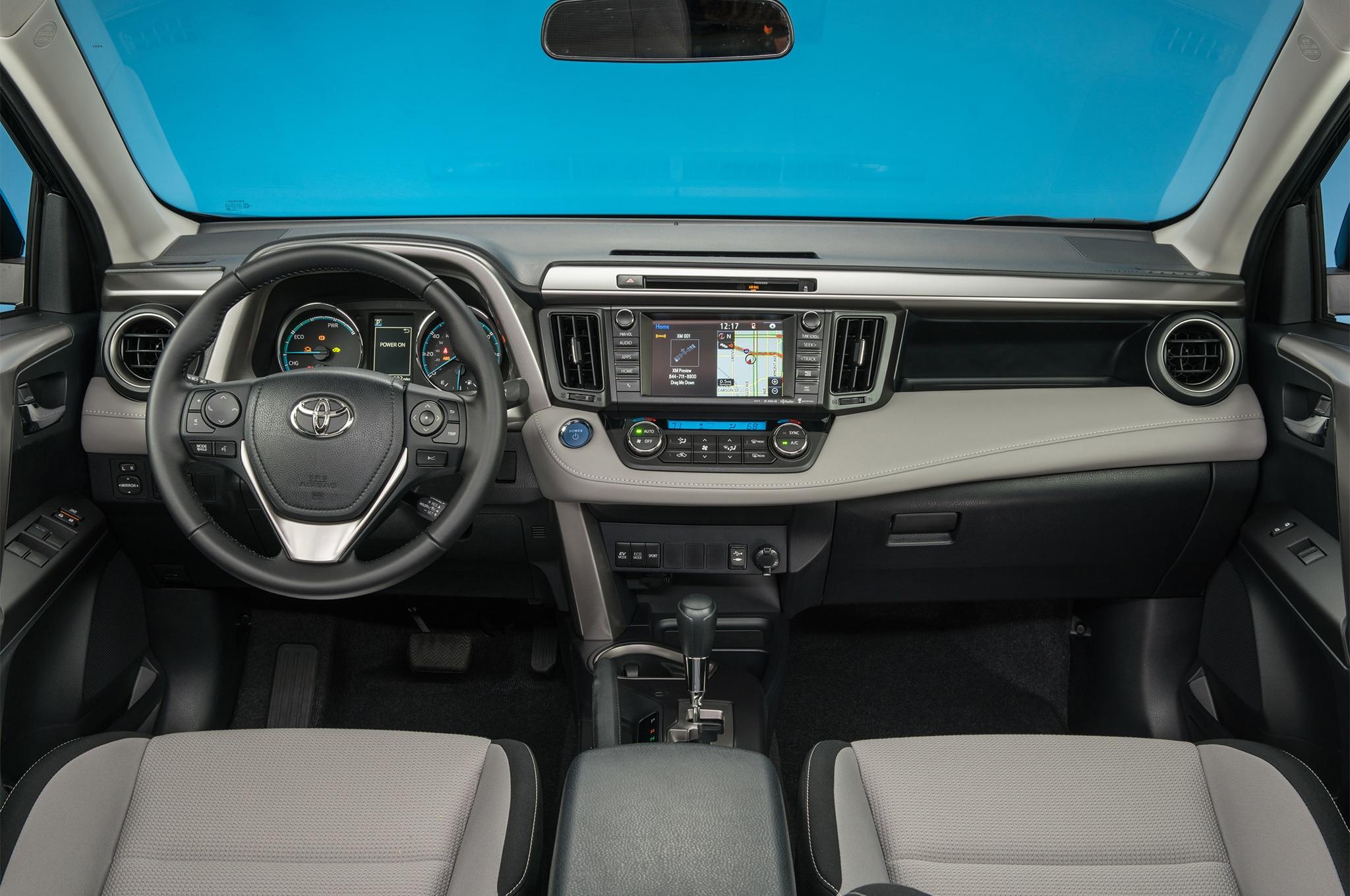 2017 Toyota RAV4 Hybrid XLE Cabin