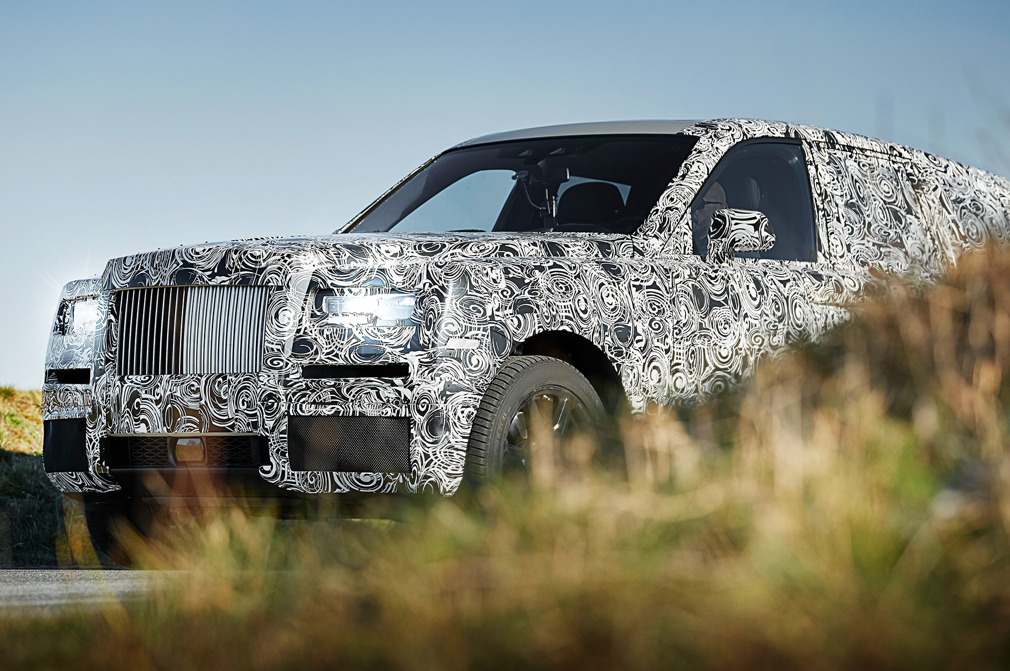 Rolls Royce Cullinan Front Outdoors