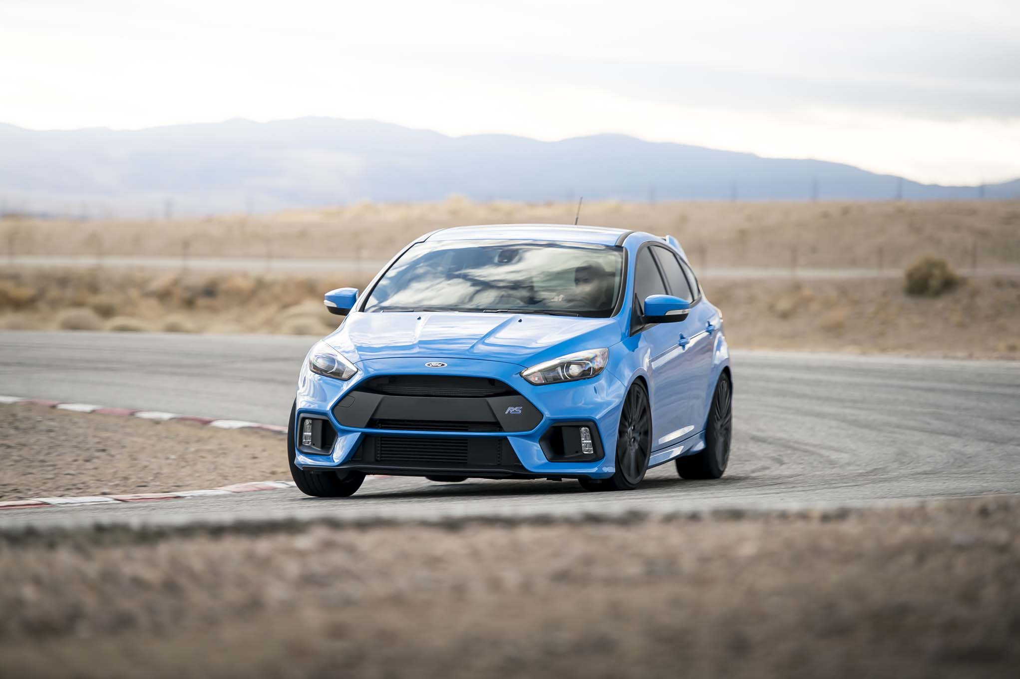 will the new ford focus rs make 400 horsepower automobile magazine. Black Bedroom Furniture Sets. Home Design Ideas