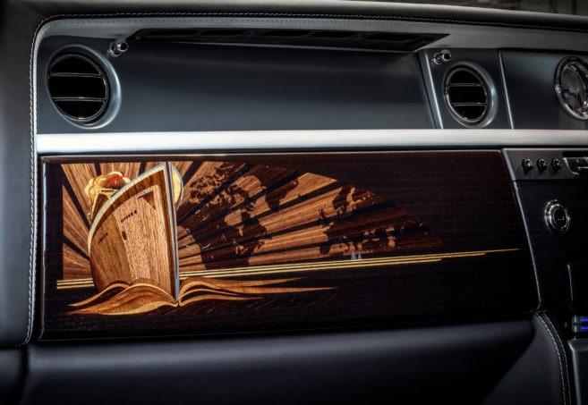 Final Rolls Royce Phantom VII Dash