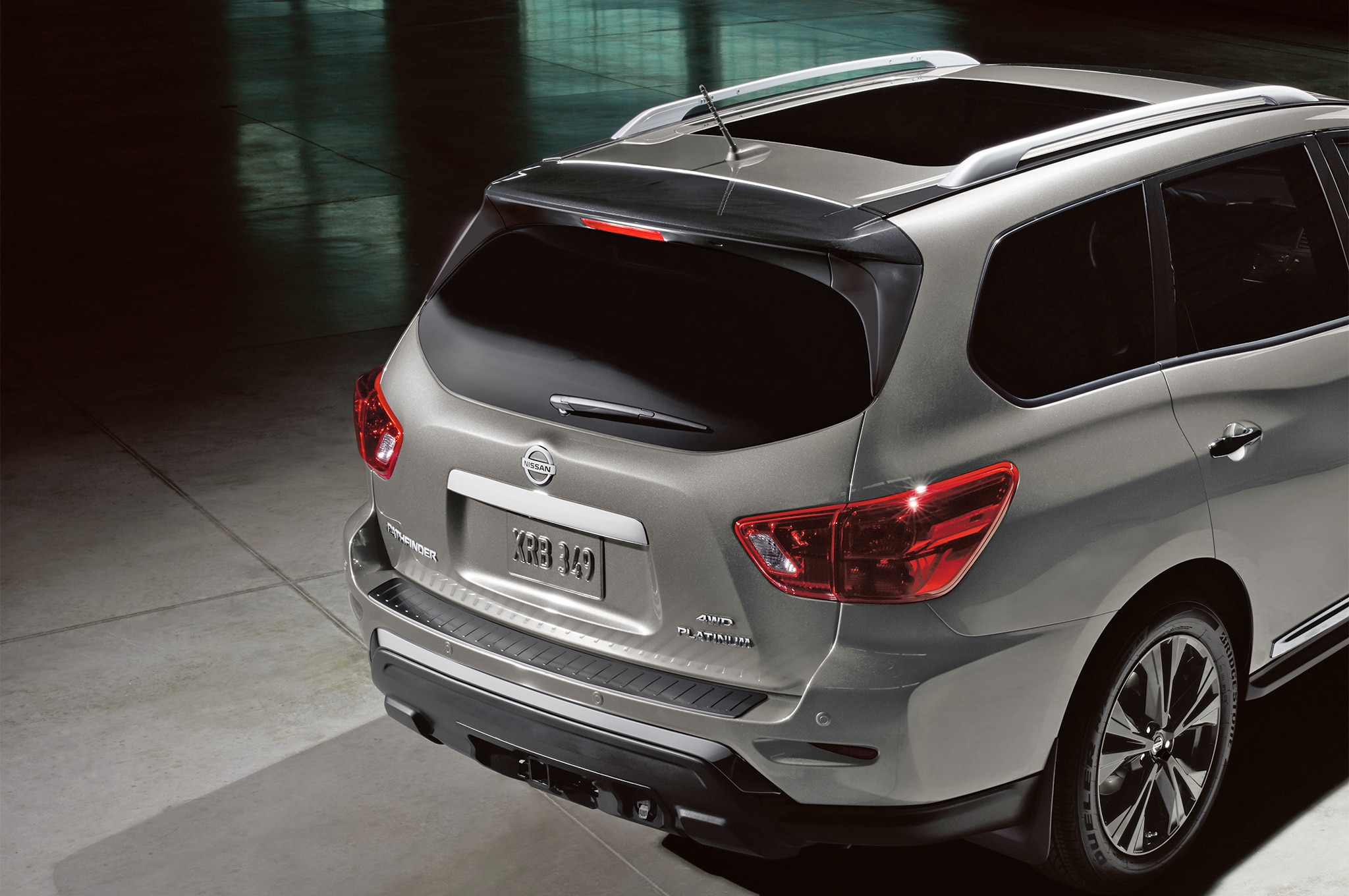 2018 Nissan Pathfinder's Rear Door Alert Reminds You That ...