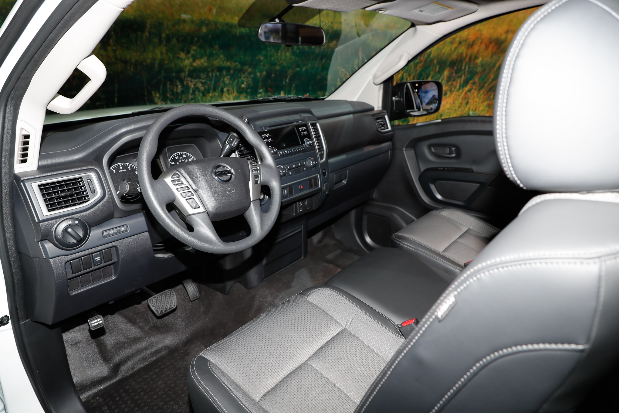 2017 Nissan Titan King Cab Starts at $33,475 | Automobile ...