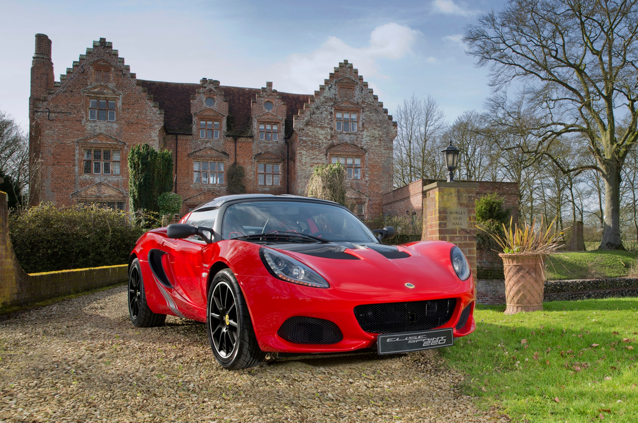Geely Reportably Has Big Plans for Lotus | Automobile Magazine