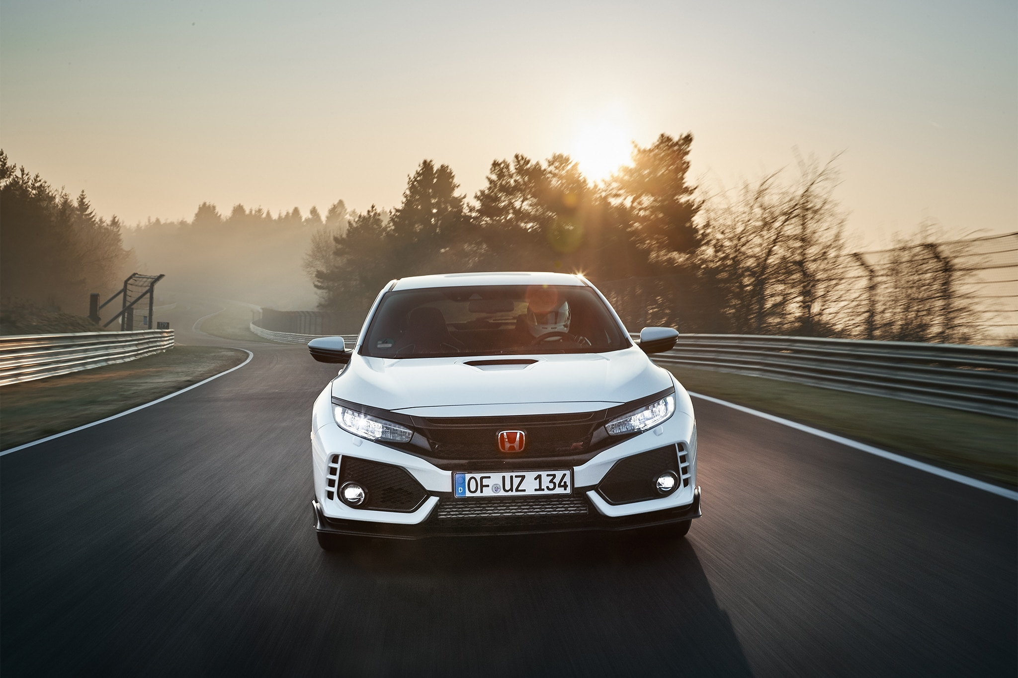 2017 Honda Civic Type R Front View In Motion 01