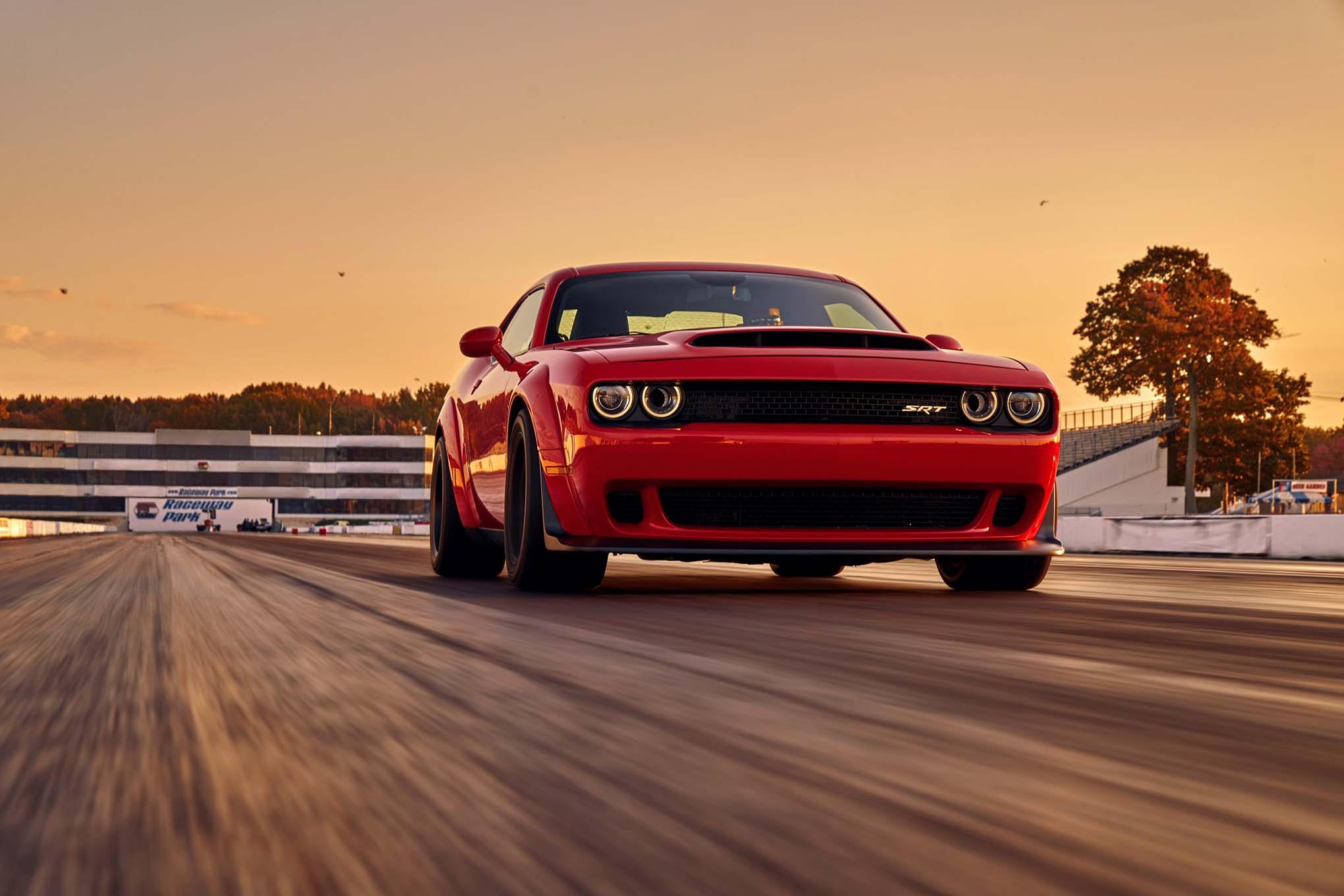 2018-Dodge-Challenger-SRT-Demon-front-th