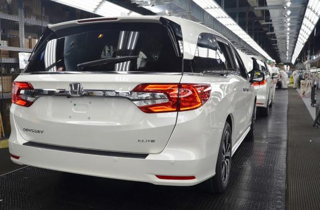 2018 honda minivan. fine minivan 2018 honda odyssey elite rear intended honda minivan