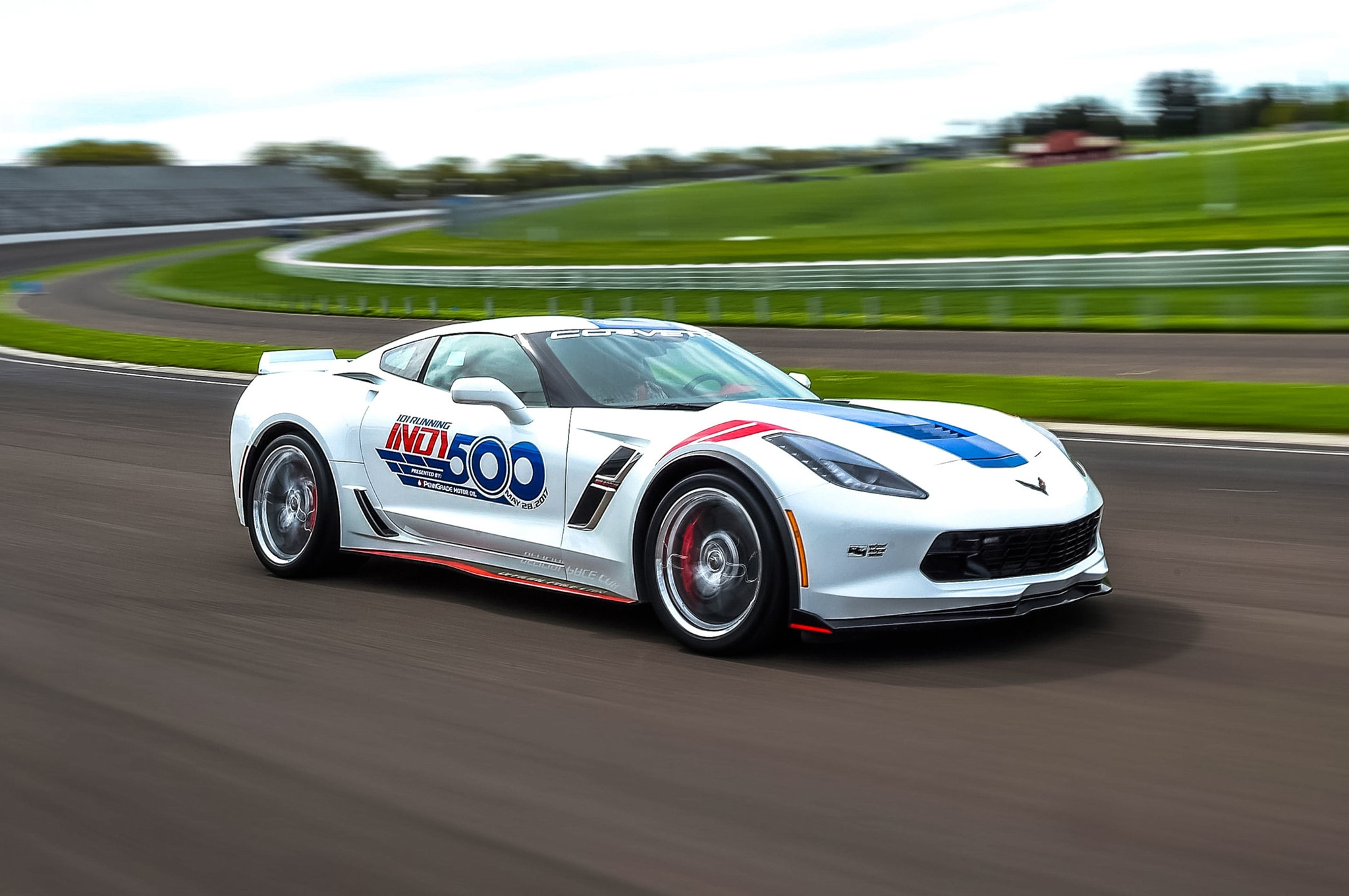 2017 indy 500 to use a chevrolet corvette grand sport as its pace car automobile magazine. Black Bedroom Furniture Sets. Home Design Ideas