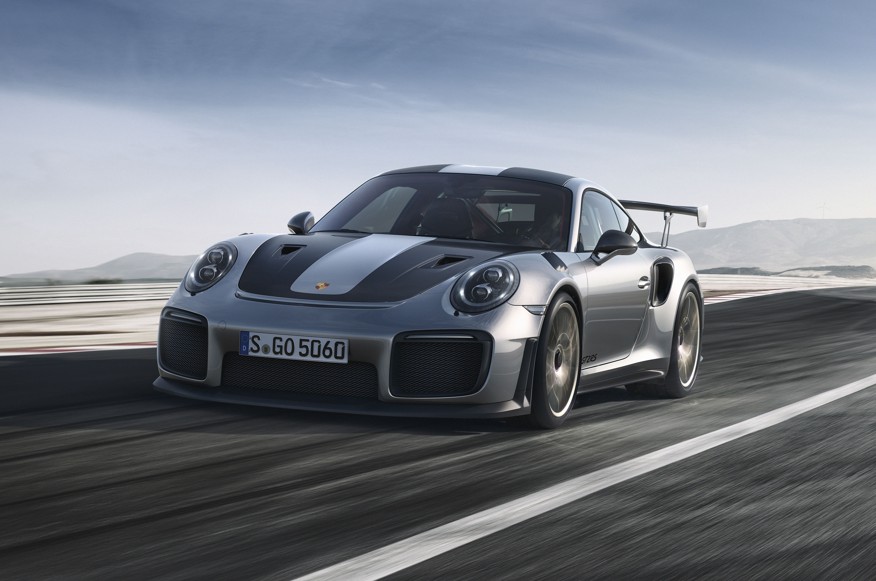 2018-Porsche-911-GT2-RS-front-three-quarter Interesting Porsche 911 Gt2 and Gt3 Cars Trend