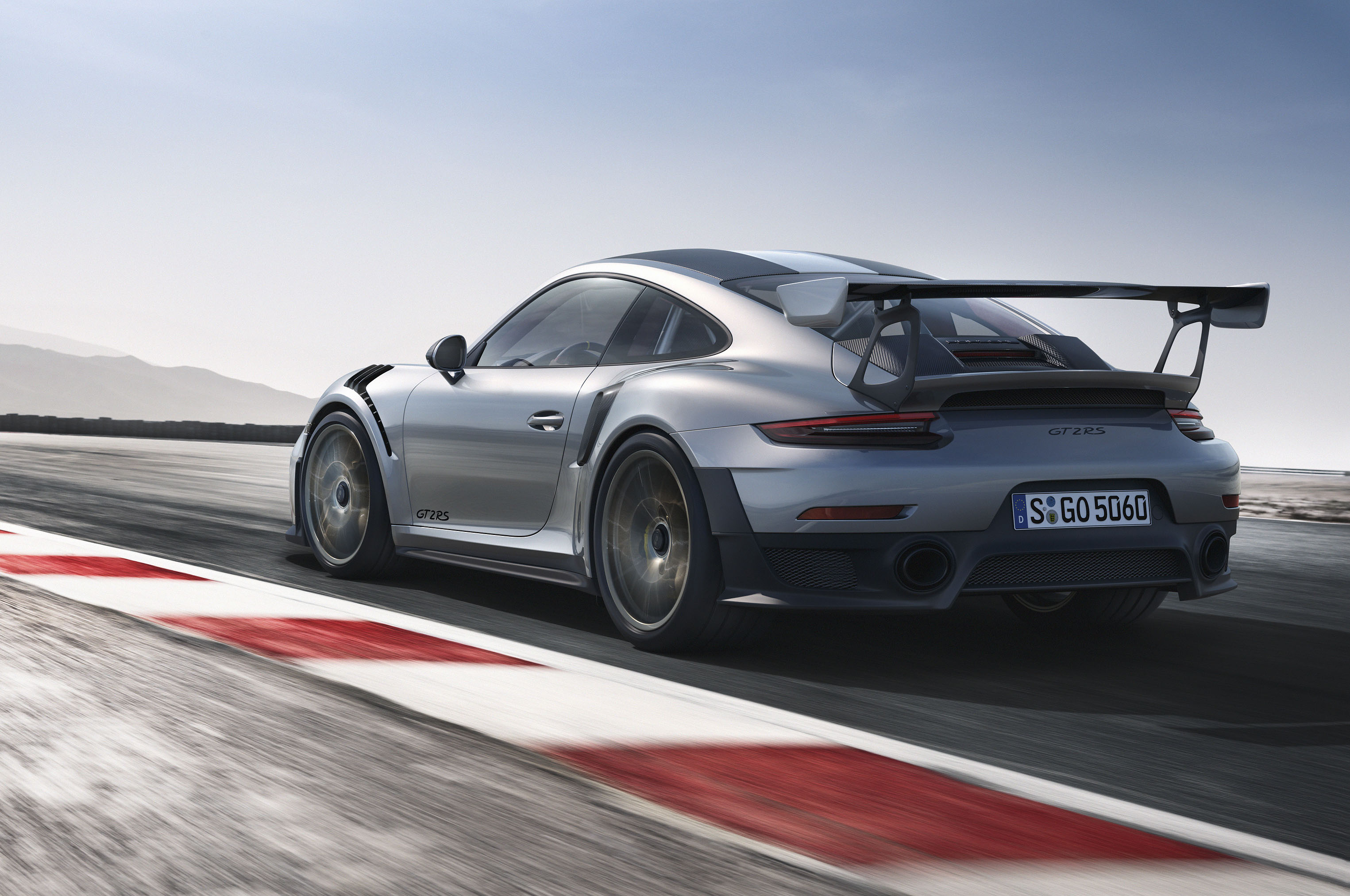 2018-Porsche-911-GT2-RS-rear-view Interesting Porsche 911 Gt2 and Gt3 Cars Trend