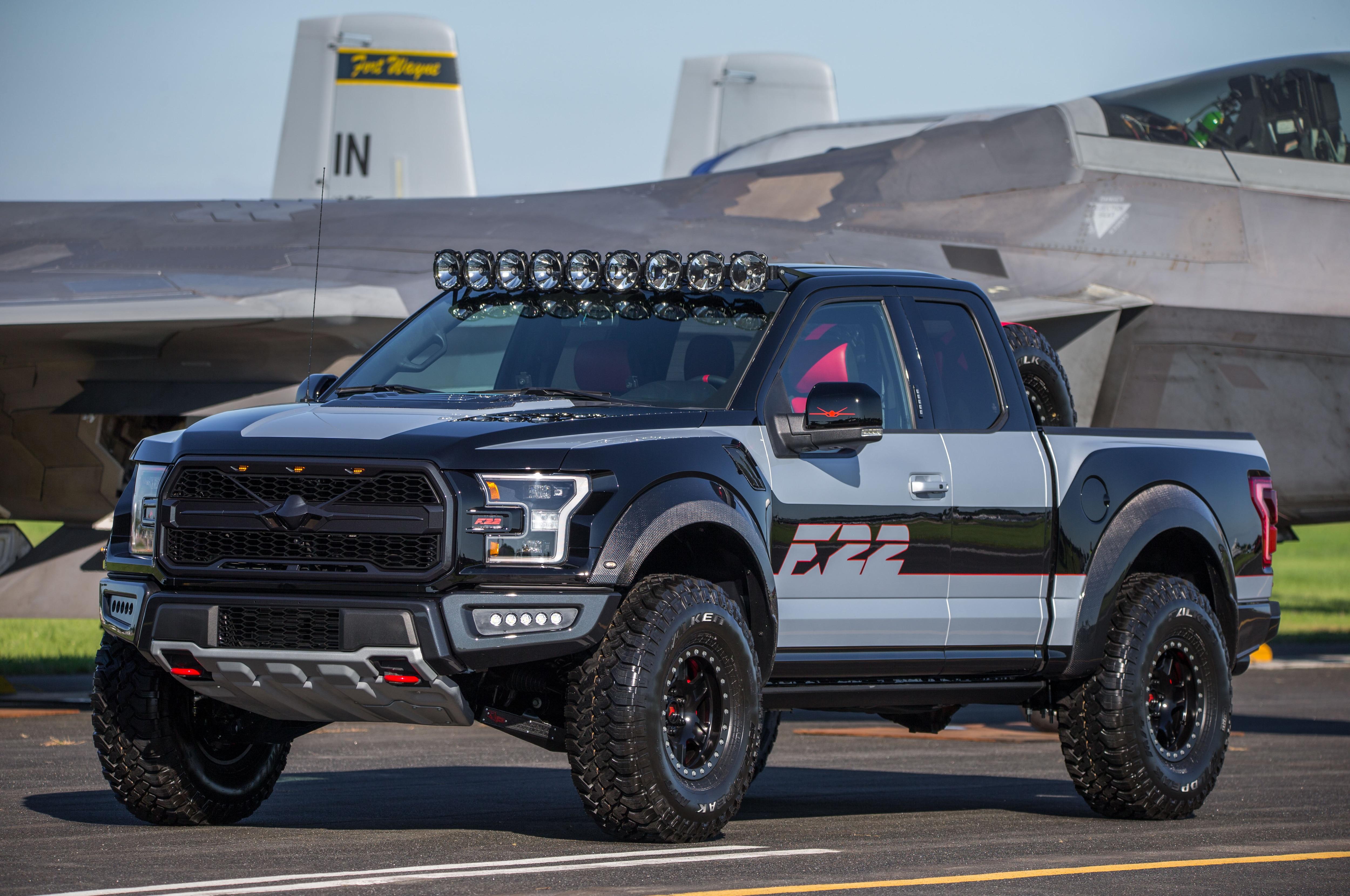 Ford F 22 F 150 Raptor Front Three Quarters