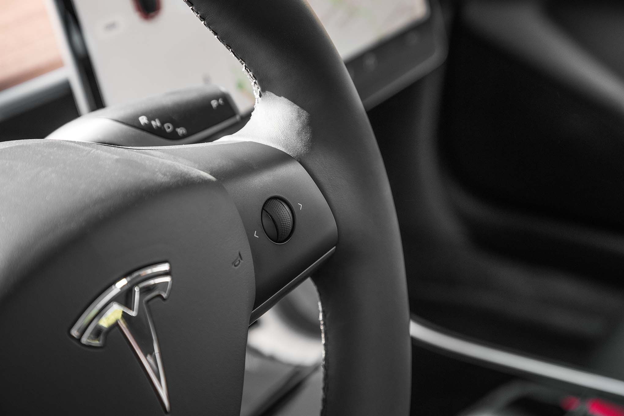 Tesla-Model-3-volume-steering-wheel-controls-02 Breathtaking Lamborghini Countach Owners Manual Pdf Cars Trend