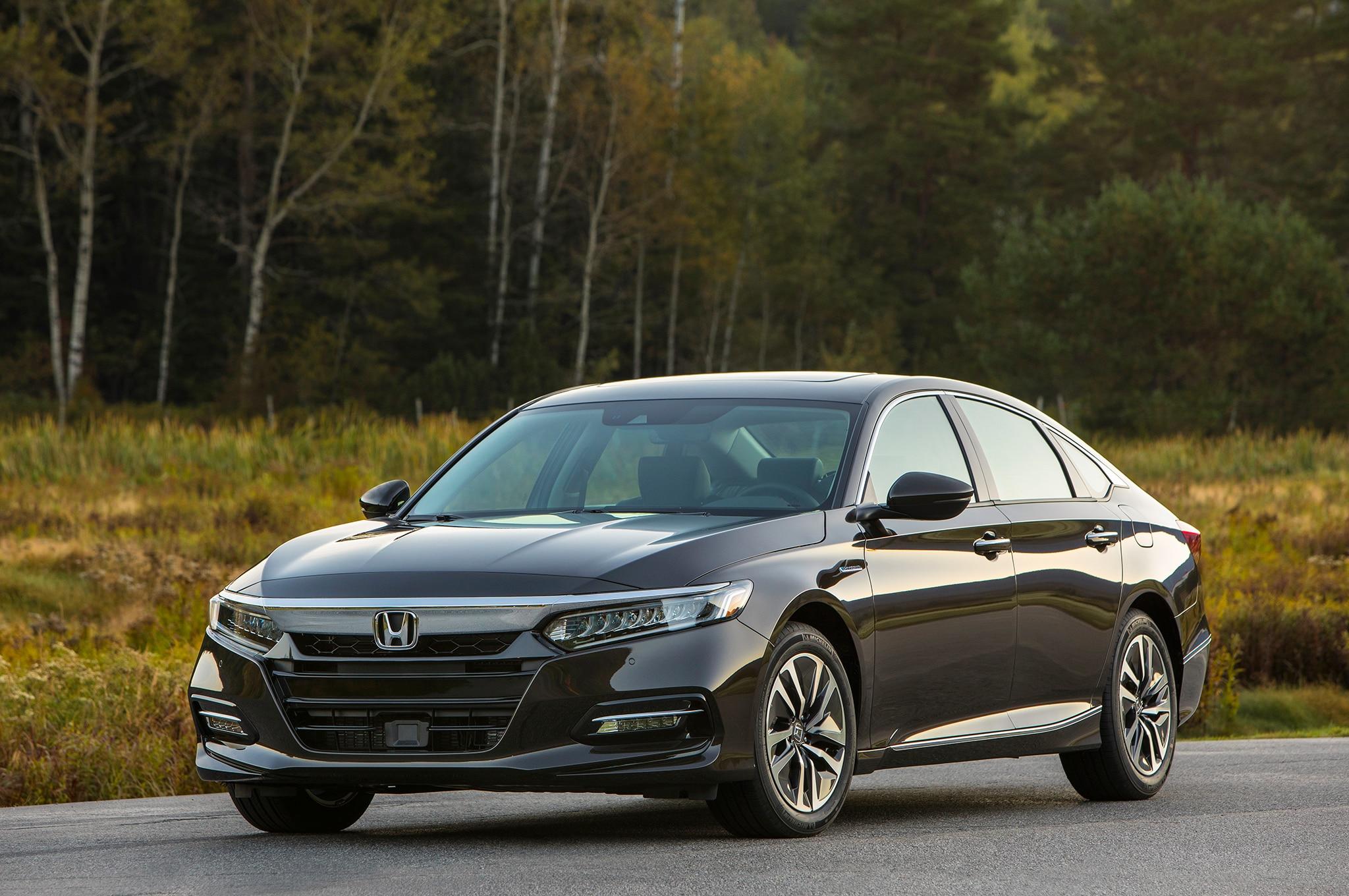 2018 honda accord hybrid base price slashed to 25 990 automobile magazine. Black Bedroom Furniture Sets. Home Design Ideas