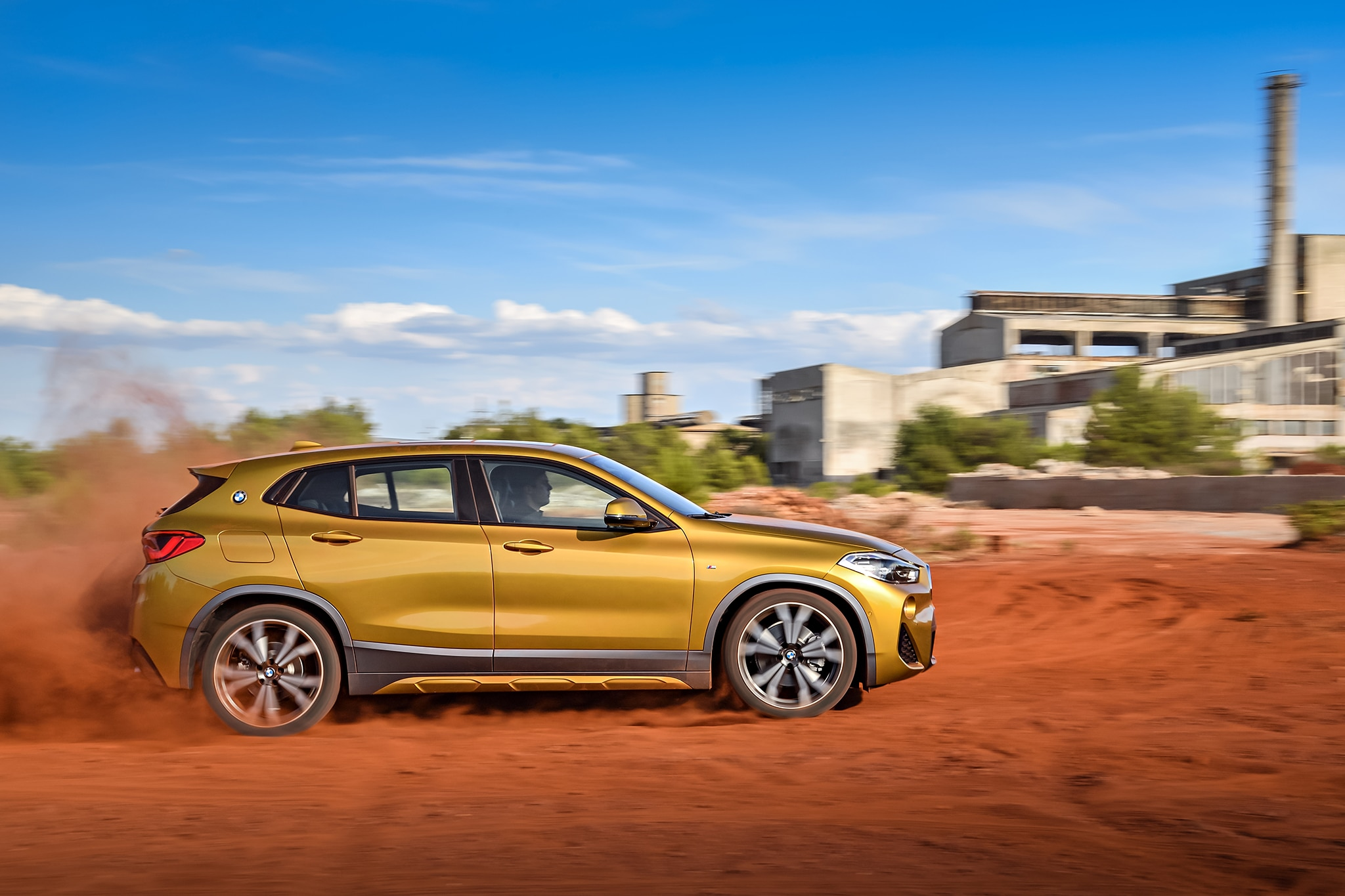 2018 bmw x2 rolls out in detroit automobile magazine. Black Bedroom Furniture Sets. Home Design Ideas