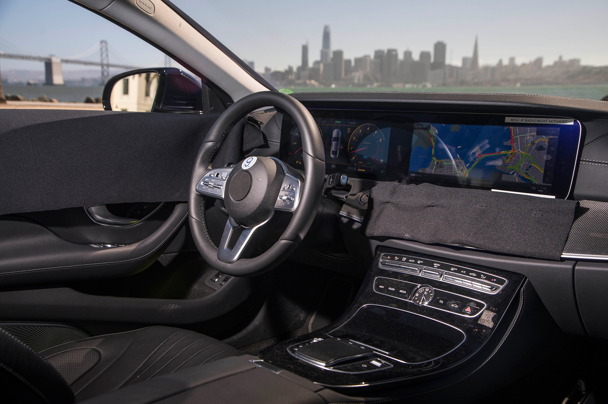Mercedes benz teases redesigned 2019 cls before l a debut for Mercedes benz dashboard