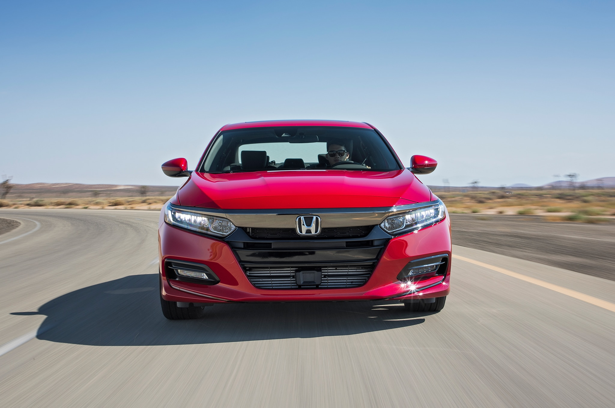 2018 honda accord 2 0t gets a civic type r like power. Black Bedroom Furniture Sets. Home Design Ideas