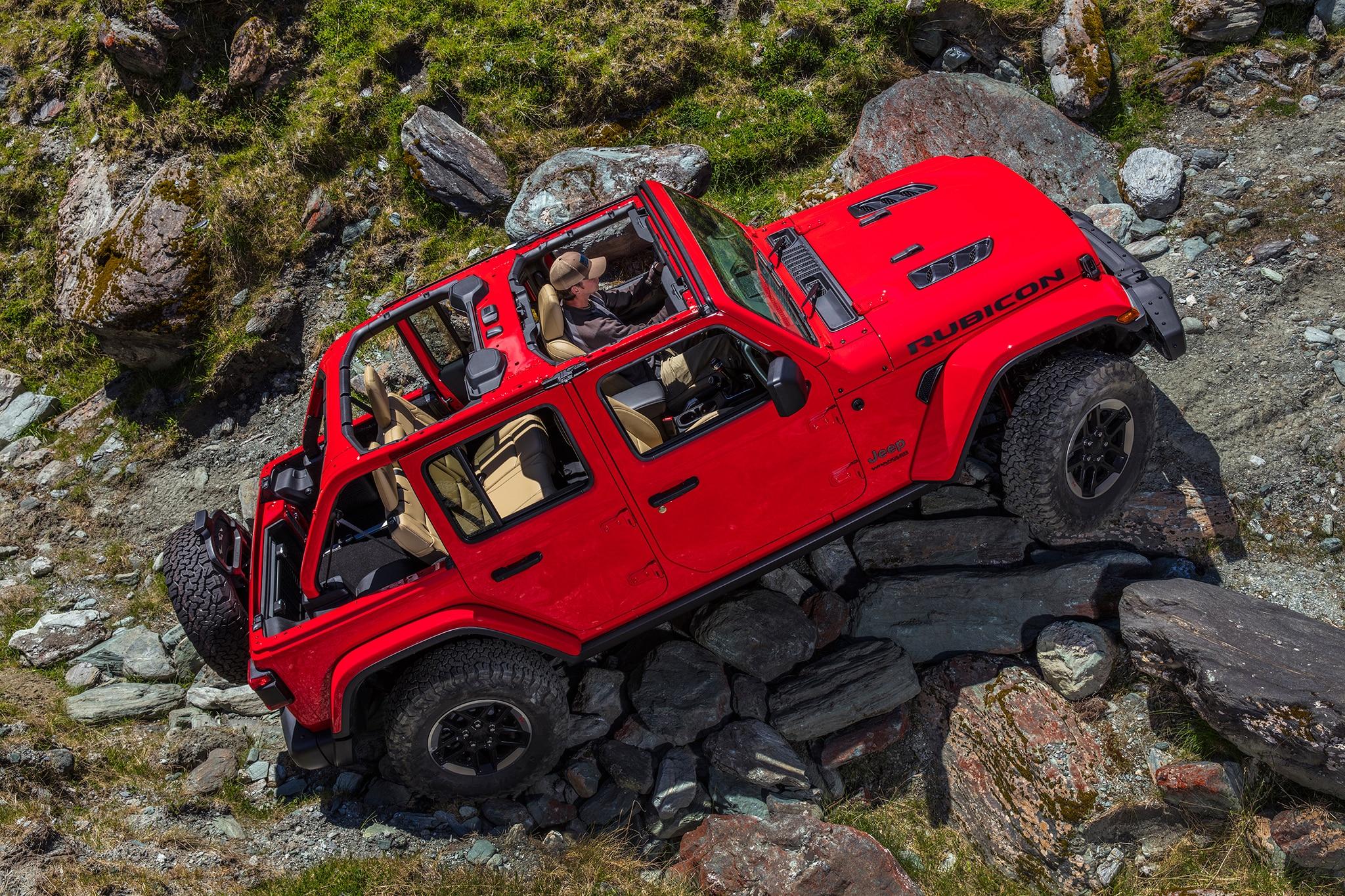 2018 Jeep Wrangler Unlimited Rubicon Side Profile 01