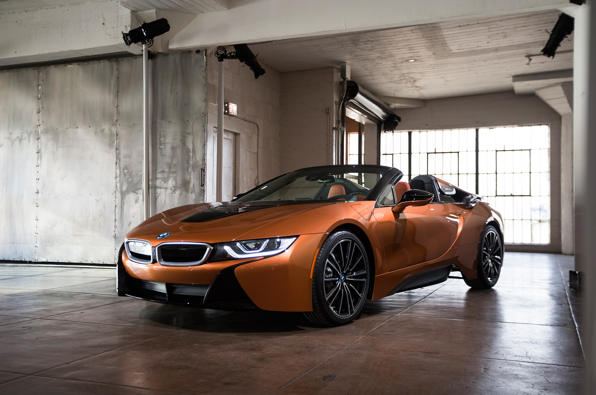 2019 BMW I8 Roadster Front Three Quarter 01 1