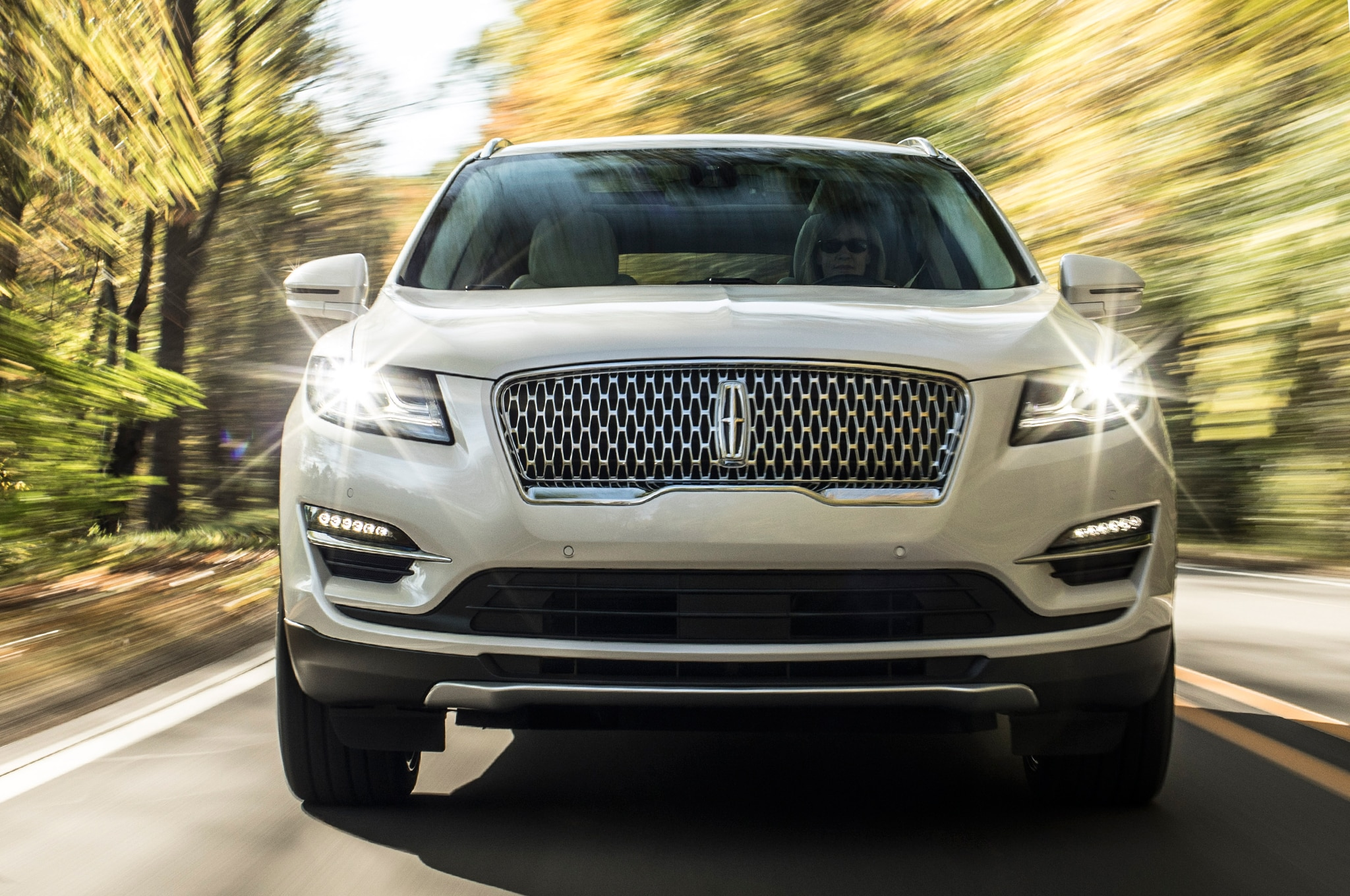 Lincoln slaps new grille on facelifted 2019 MKC