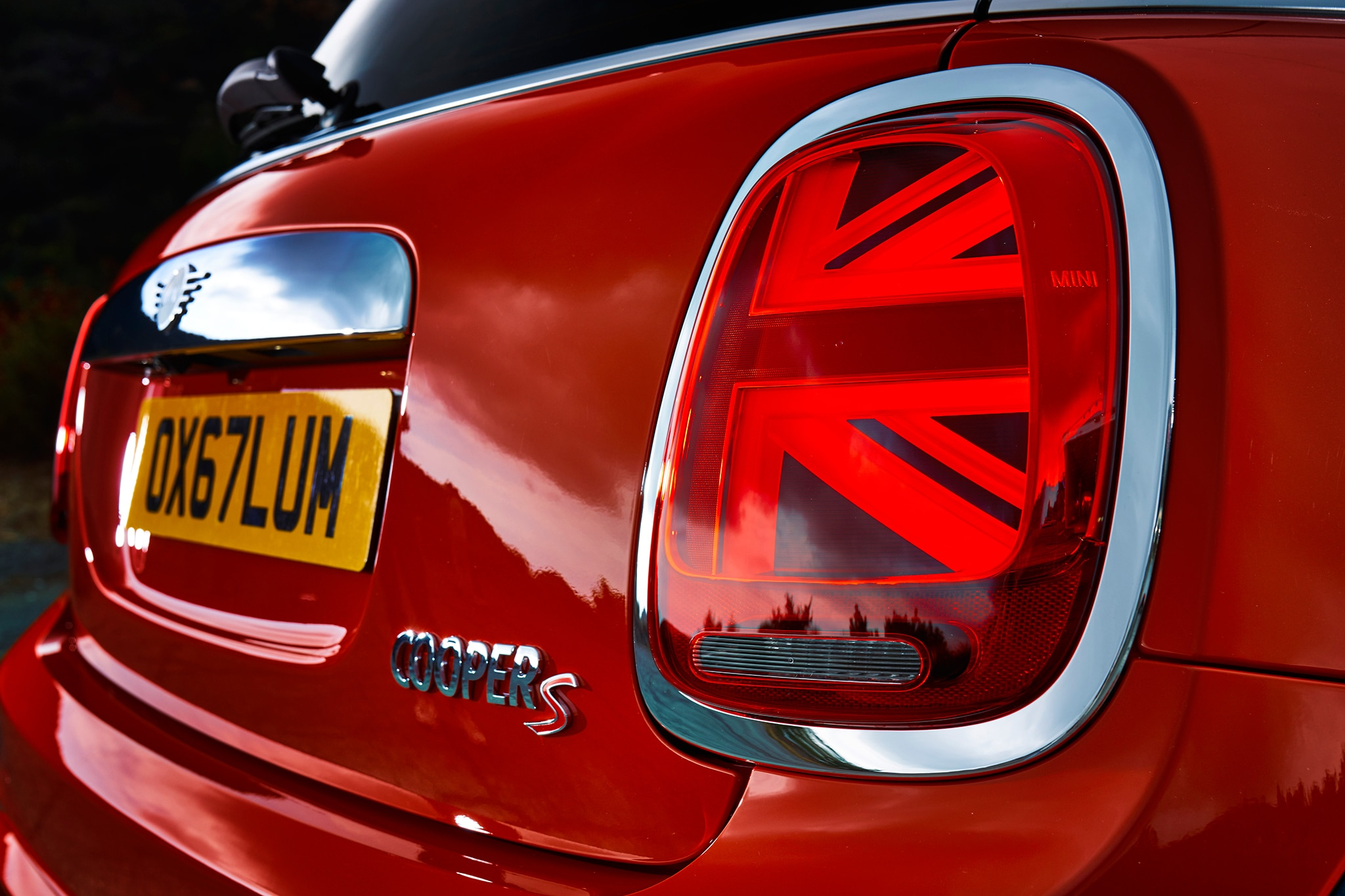 A mini makeover: facelifted Mini hatch and convertible here for 2018