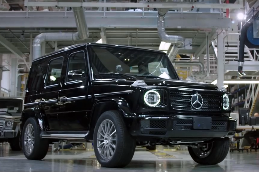 http://st.automobilemag.com/uploads/sites/5/2018/01/G-Class-Factory.png