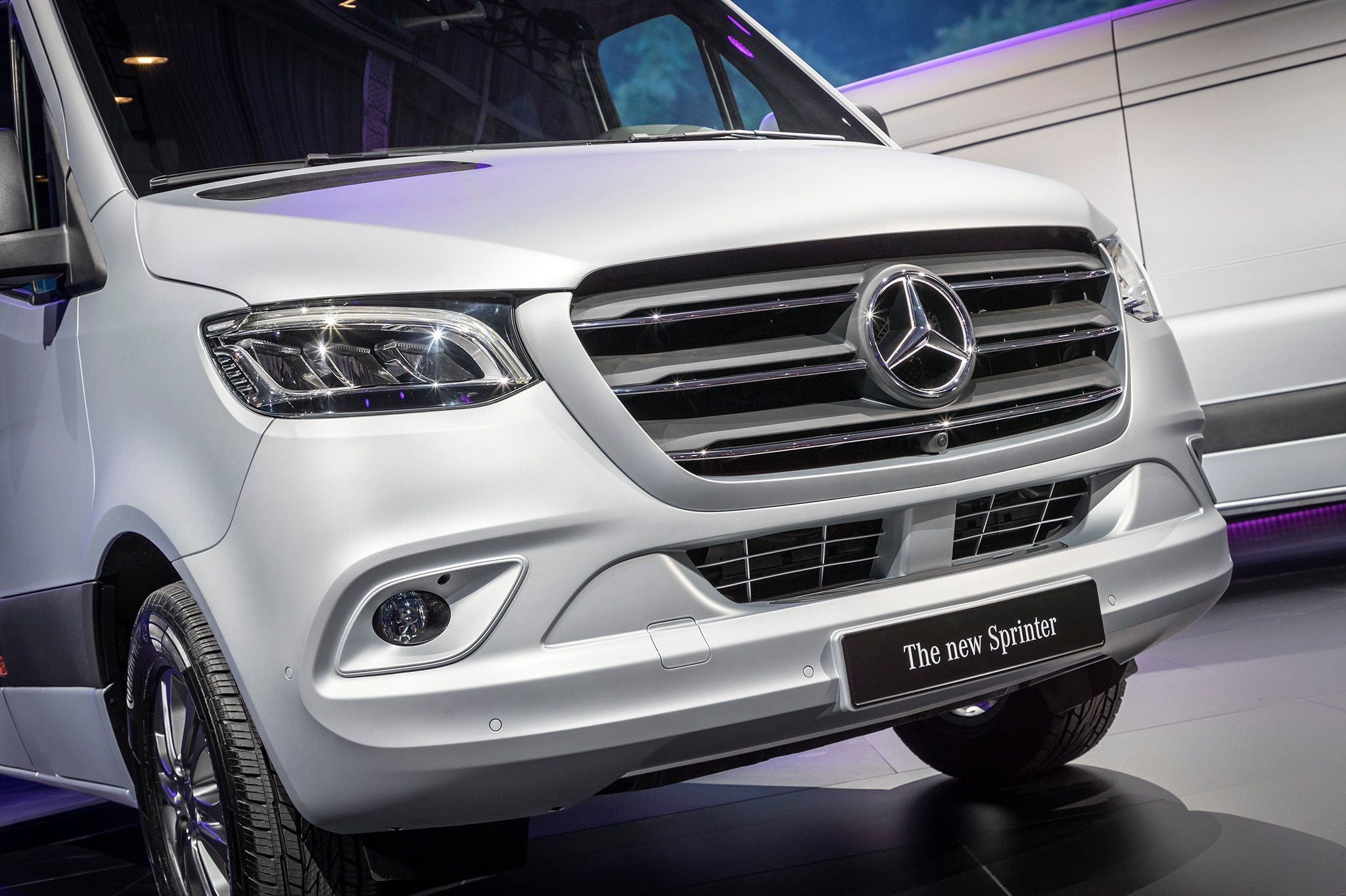 Mercedes benz sprinter debuts with new mbux multimedia for New mercedes benz sprinter
