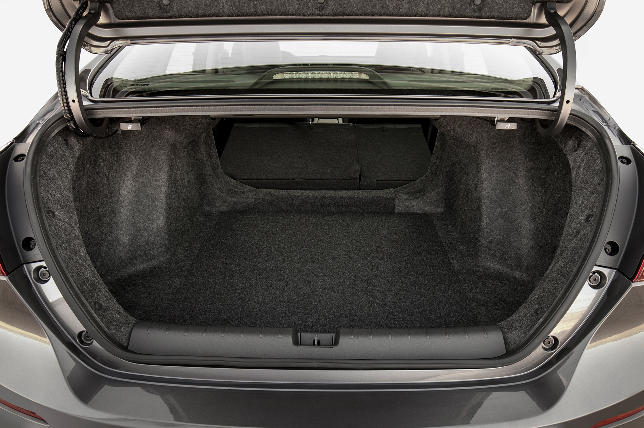 2019 Honda Insight Gets Up to 55 MPG | Automobile Magazine