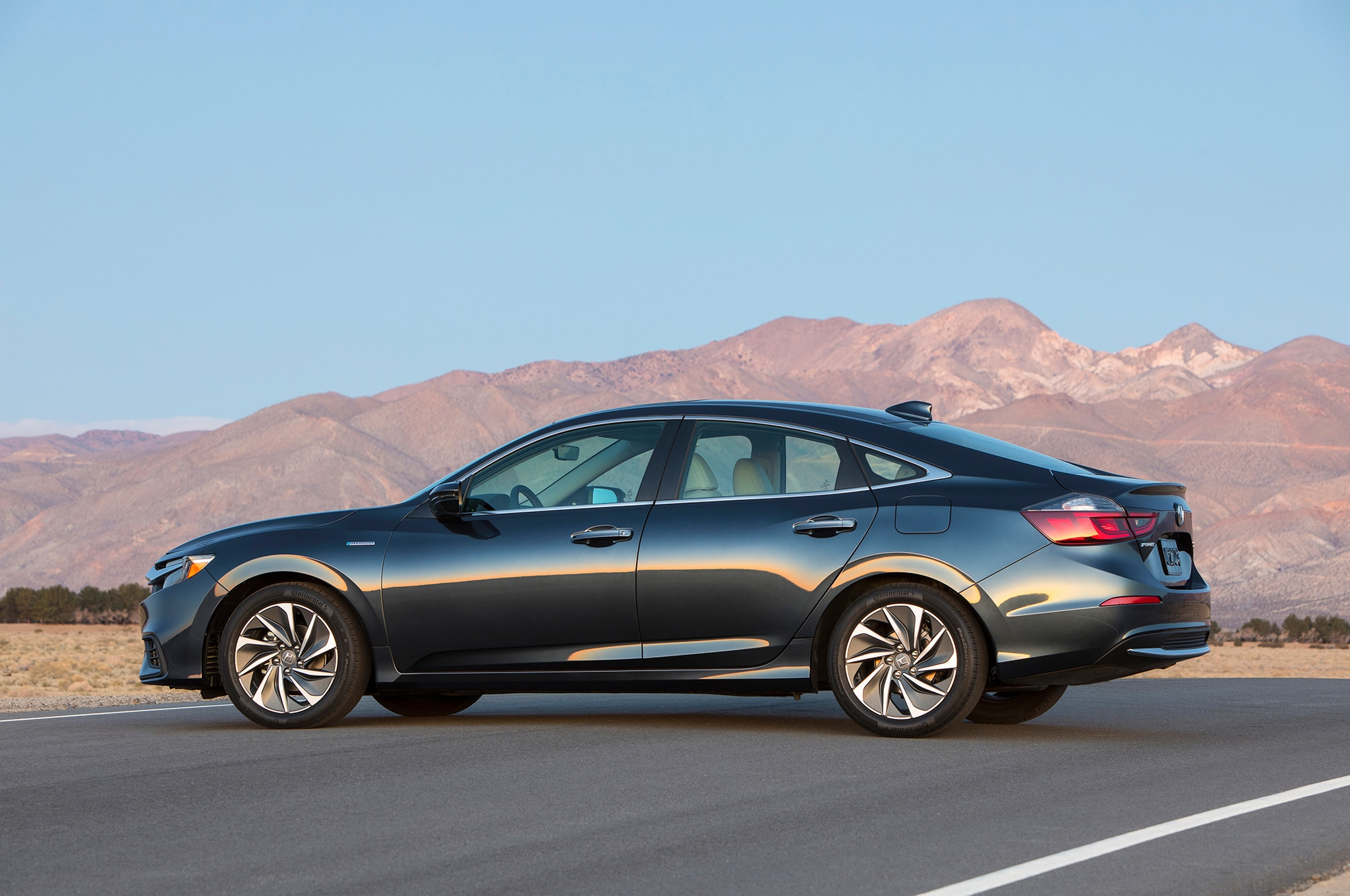 New Honda Accord 2018 >> 2019 Honda Insight Gets Up to 55 MPG | Automobile Magazine