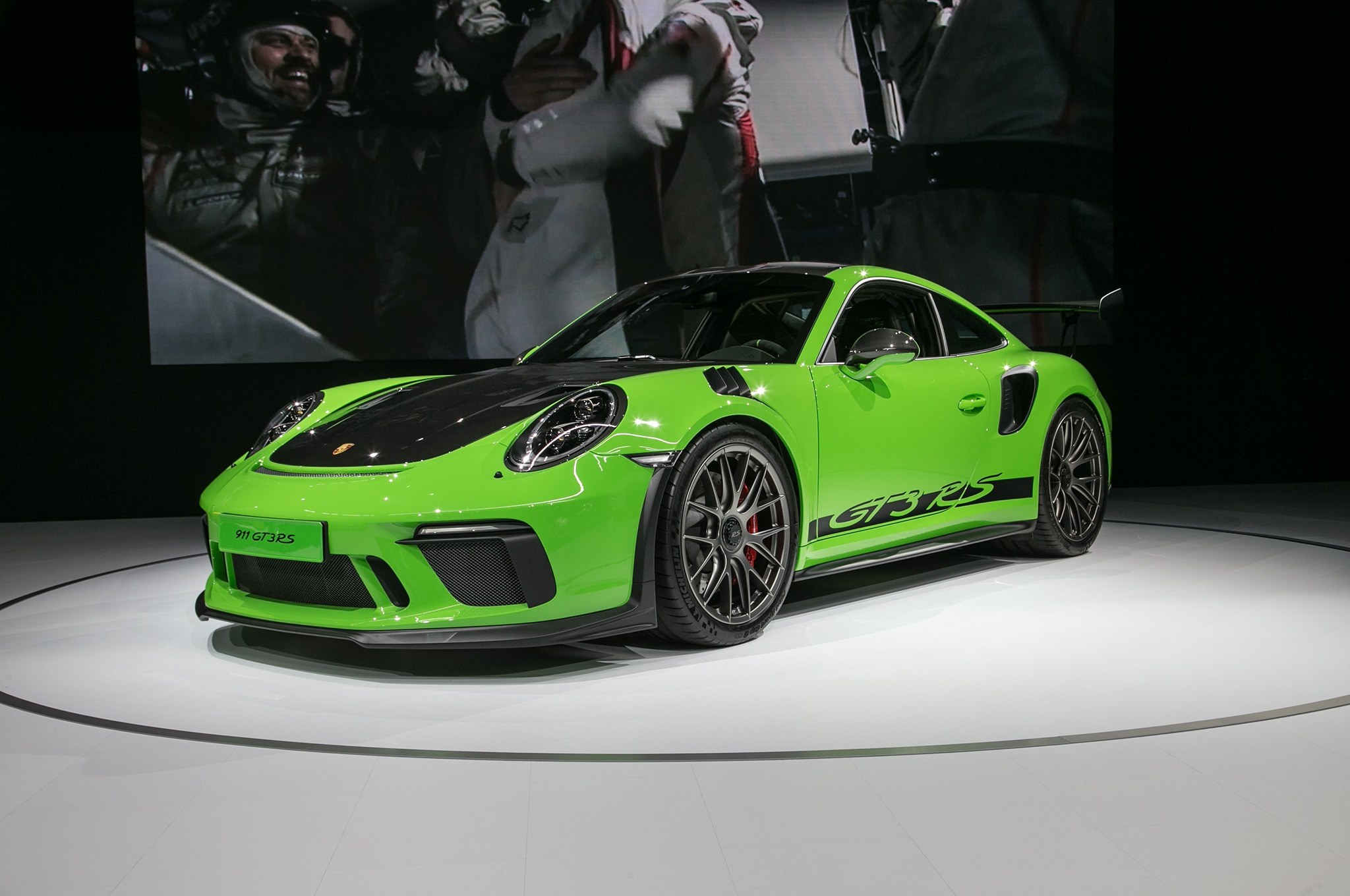 porsche 911 gt3 rs weissach package available automobile magazine. Black Bedroom Furniture Sets. Home Design Ideas