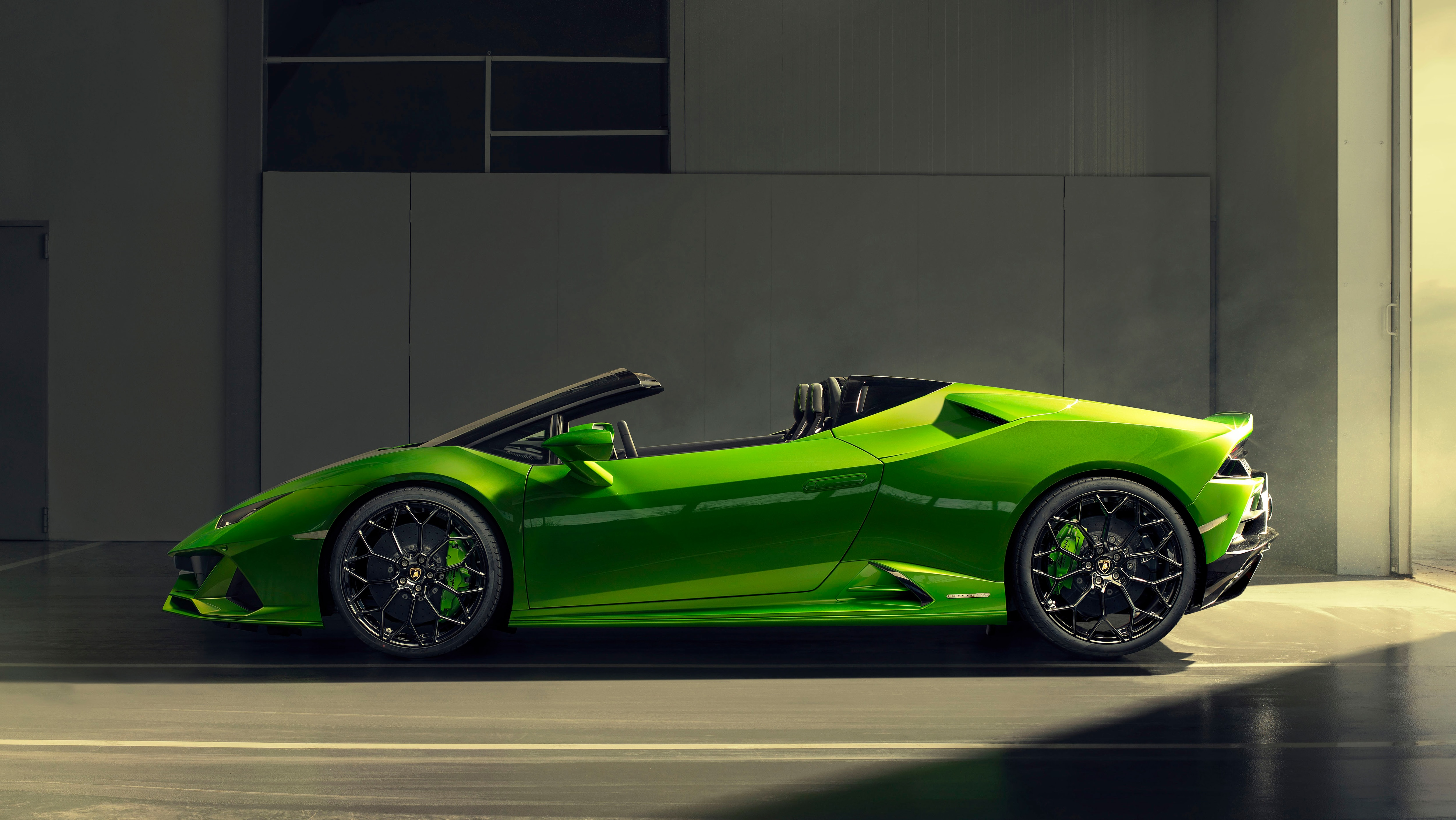 Lamborghini Huracan Evo Spyder Debuts 630 Hp And 201 Mph