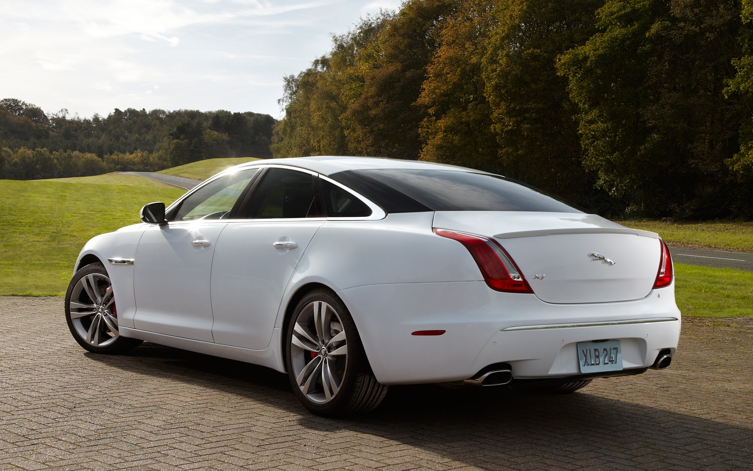 Startech Dresses Up 2012 Jaguar XJ Sedan
