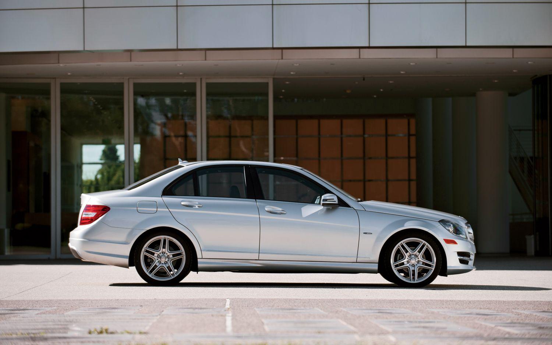 2012 Mercedes Benz C250 Profile 2 16