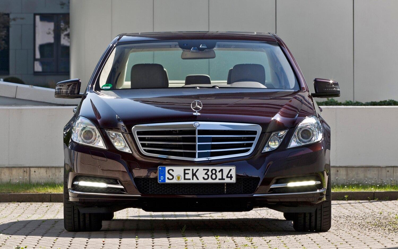 2012 Mercedes Benz E350 Front
