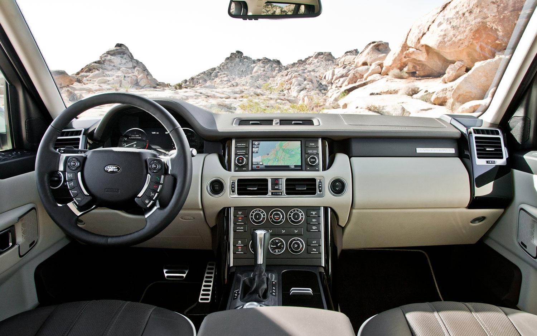 https://st.automobilemag.com/uploads/sites/10/2015/09/2012-Range-Rover-cockpit.jpg