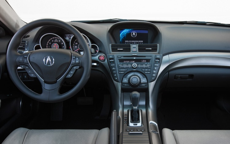 2005 acura tl review intellichoice