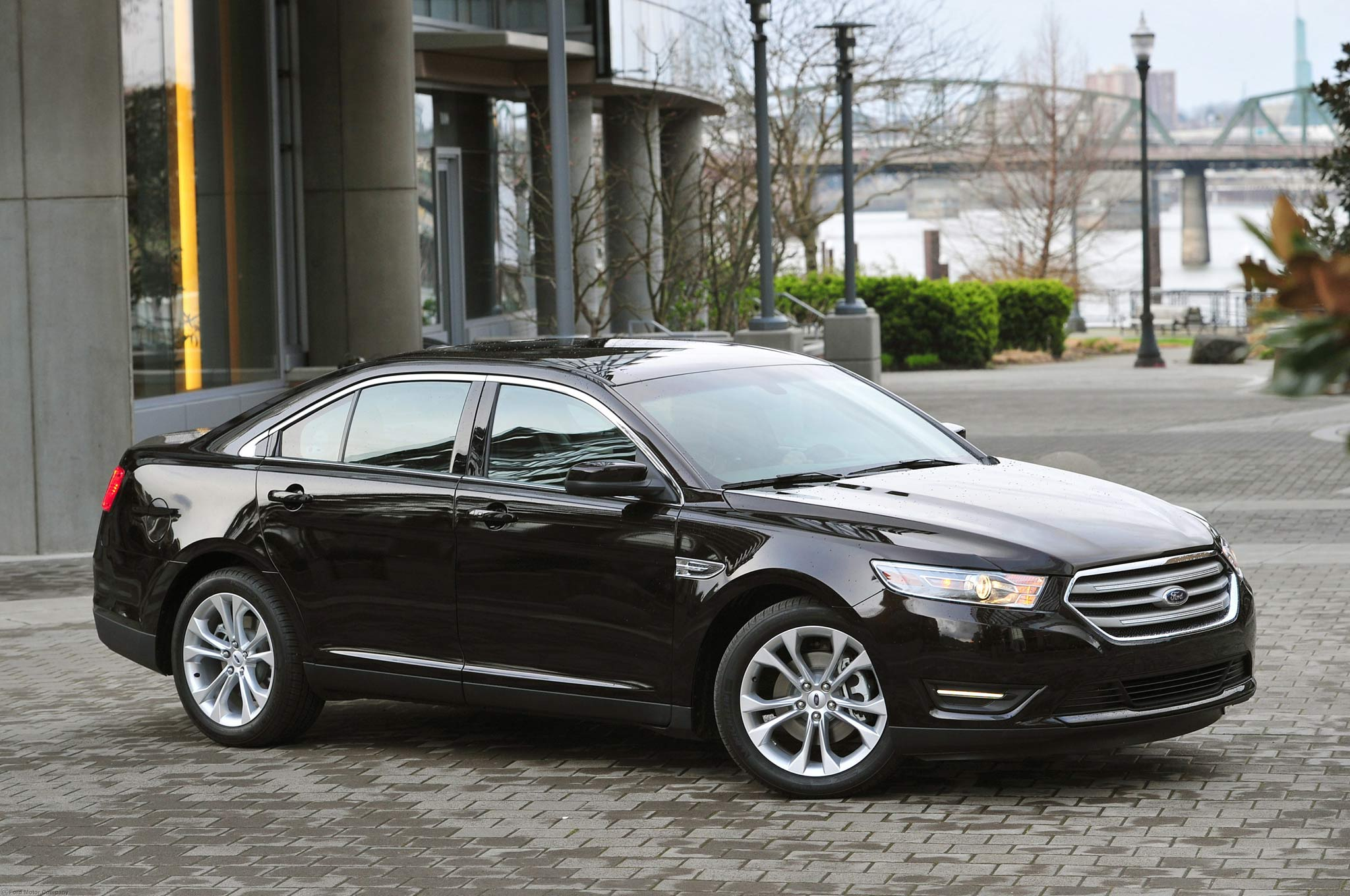 2013 Ford Taurus SHO - Editors' Notebook - Specs - Automobile Magazine
