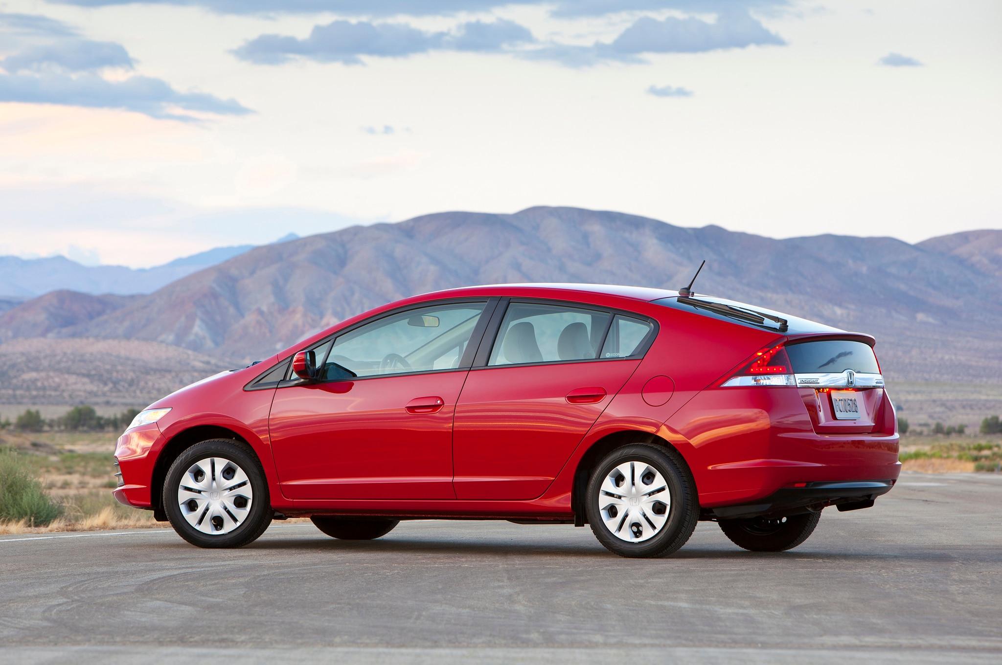 2014 Honda Insight Priced at $19,515