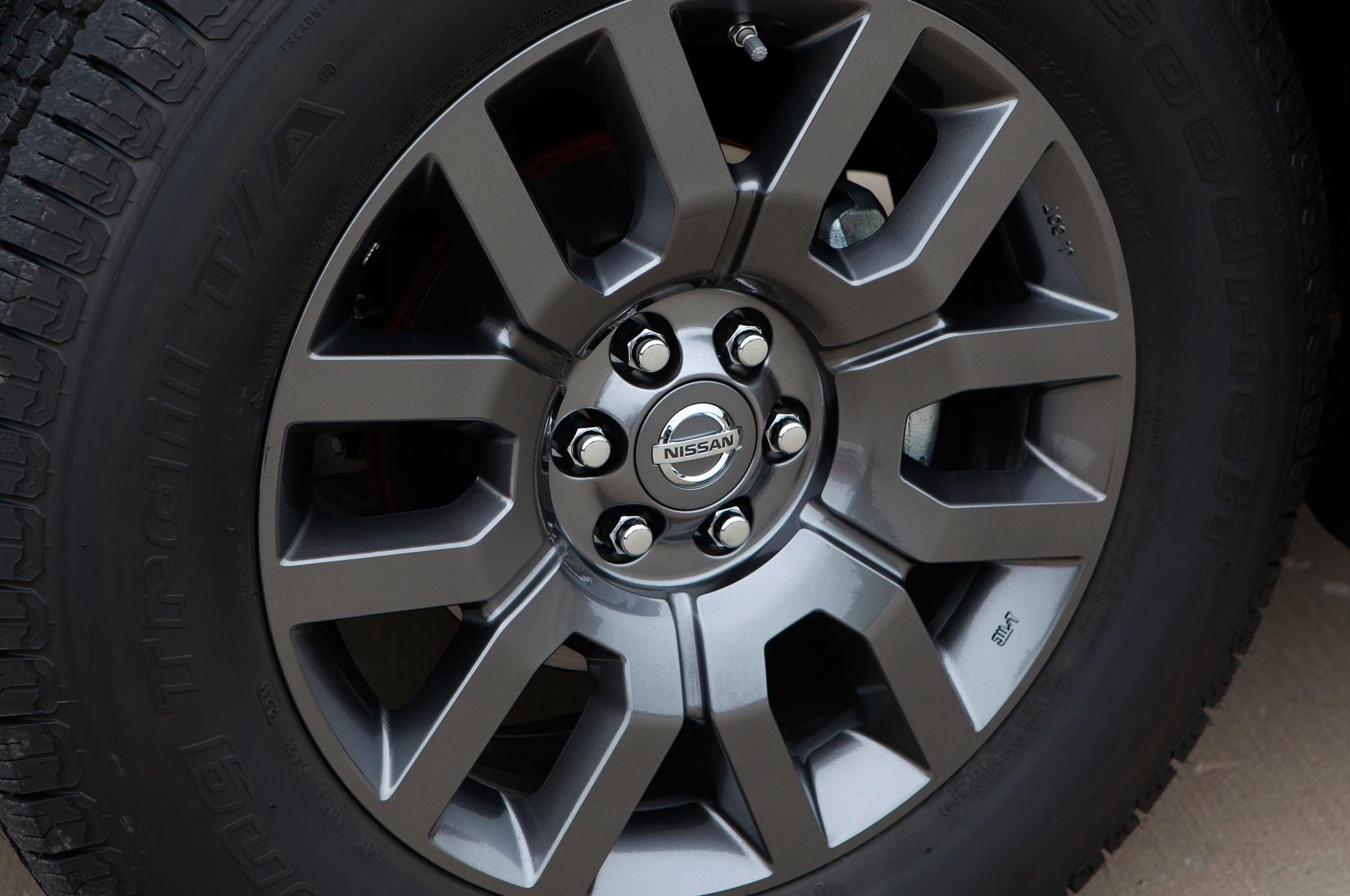 Nissan Frontier Pro 4x >> 2013 Nissan Frontier PRO-4X Crew Cab - Automobile Magazine