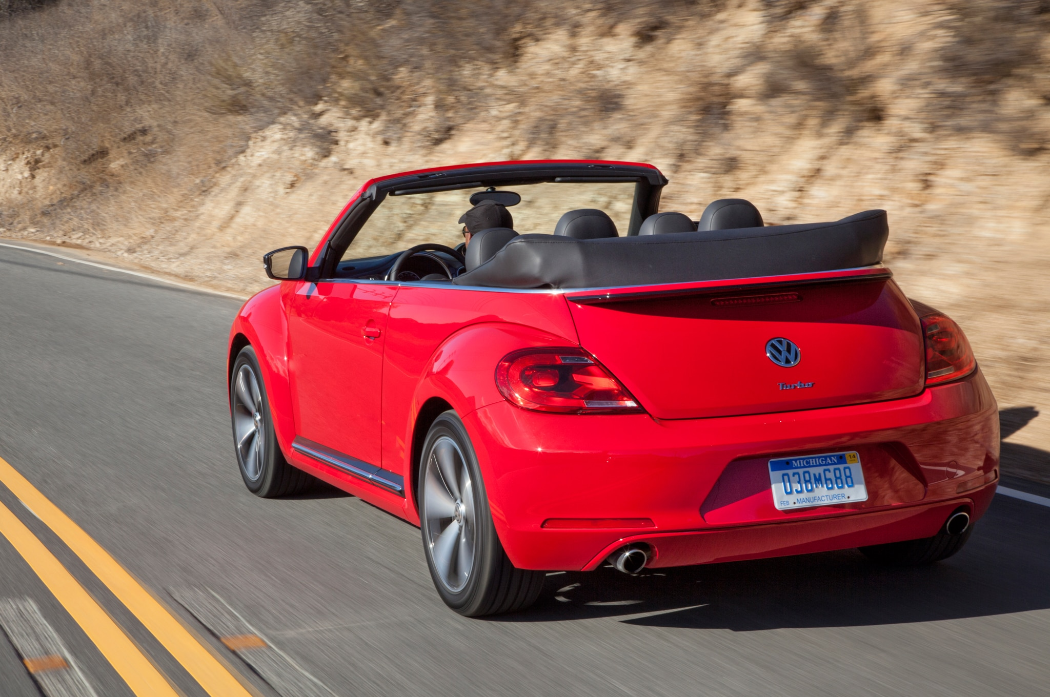 2013 volkswagen beetle gsr and r line convertible first. Black Bedroom Furniture Sets. Home Design Ideas