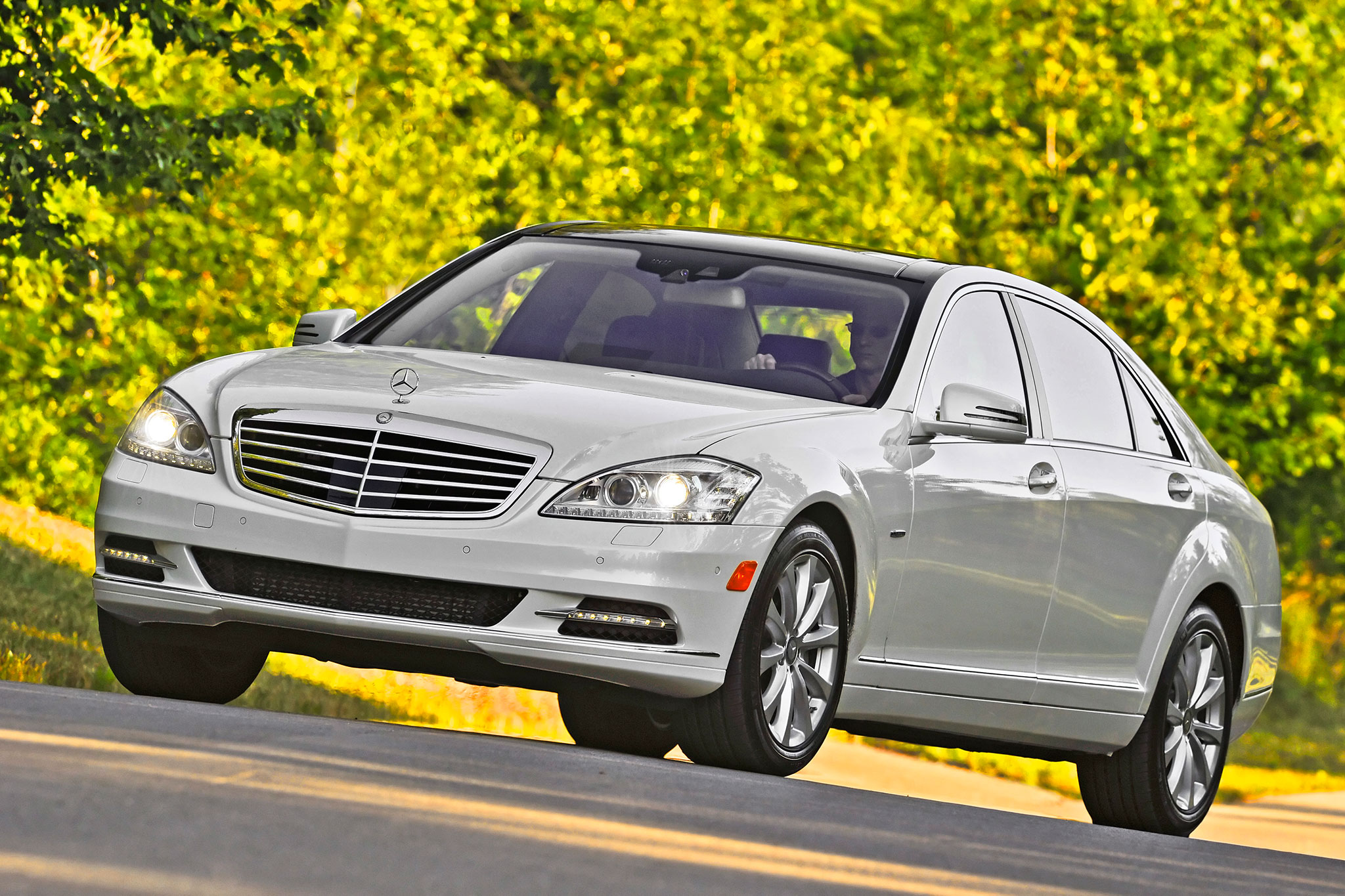 2013 mercedes benz s350 bluetec editors 39 notebook. Black Bedroom Furniture Sets. Home Design Ideas