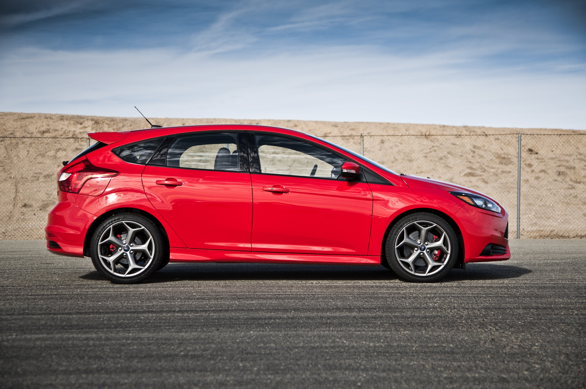 Tuners Tackle 2014 Ford Focus St For 2013 Sema Show