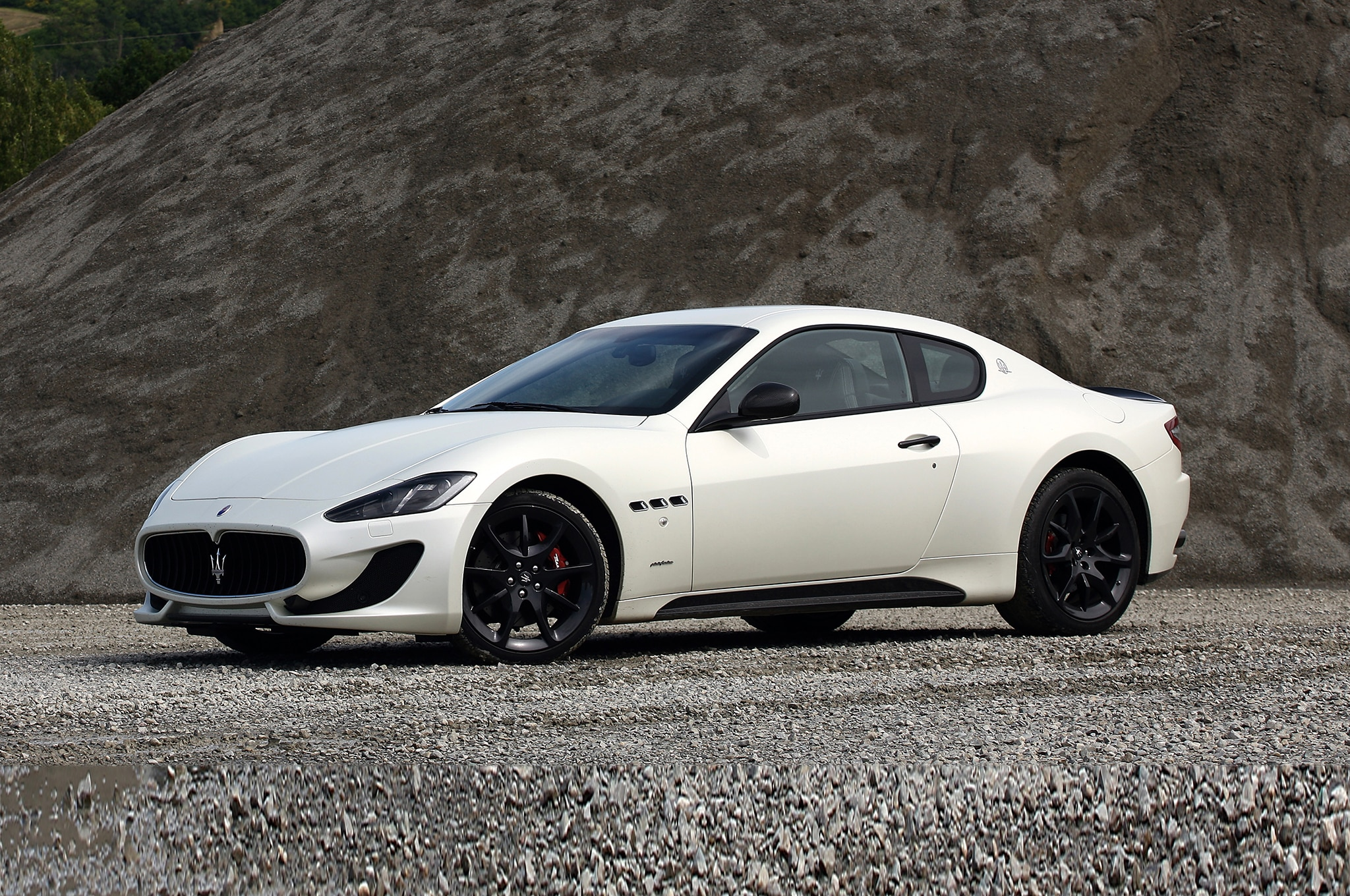 2014 maserati granturismo grancabrio mc gain centennial. Black Bedroom Furniture Sets. Home Design Ideas