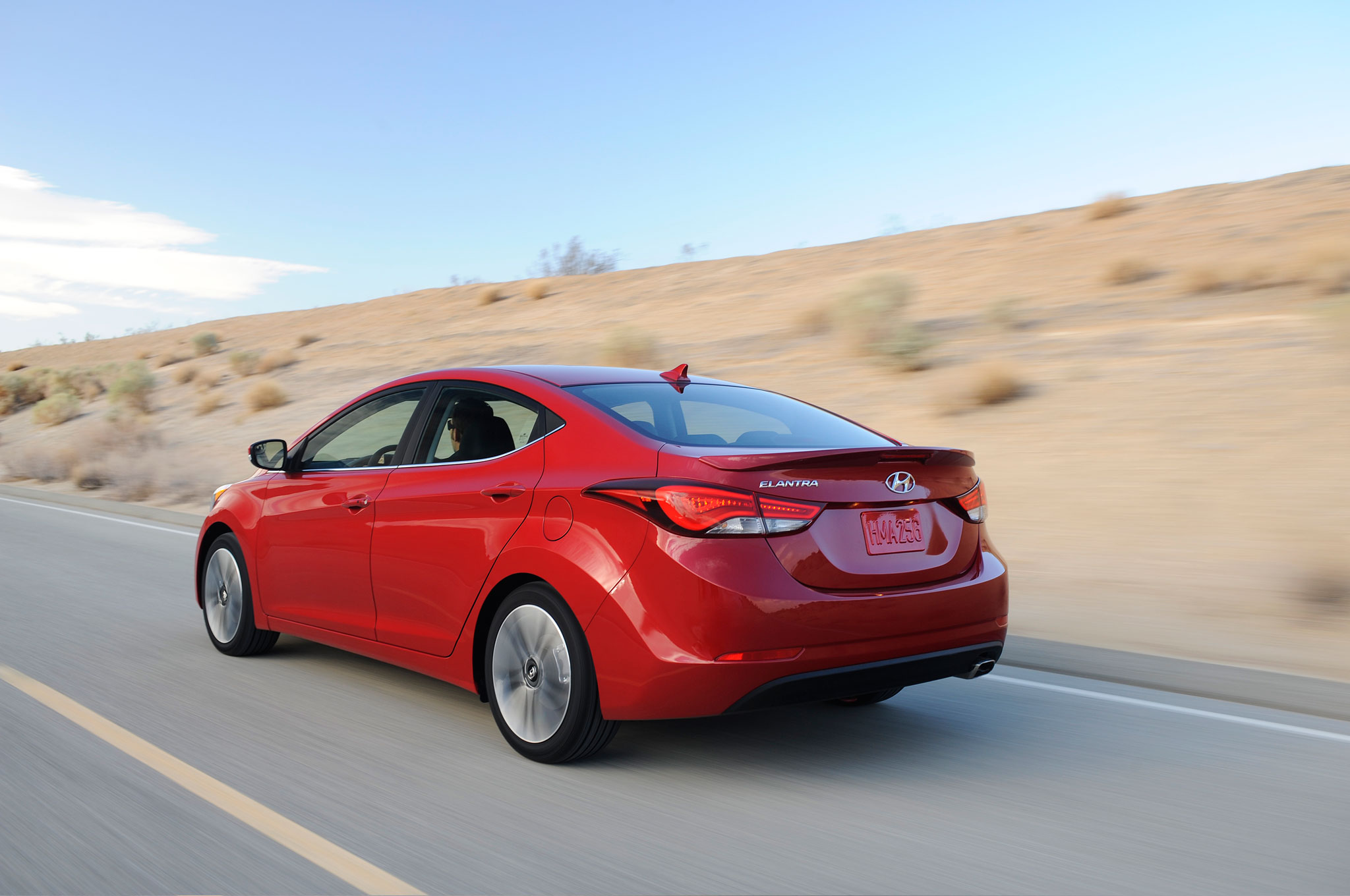 2014 Hyundai Elantra Refreshed at 2013 Los Angeles Auto Show