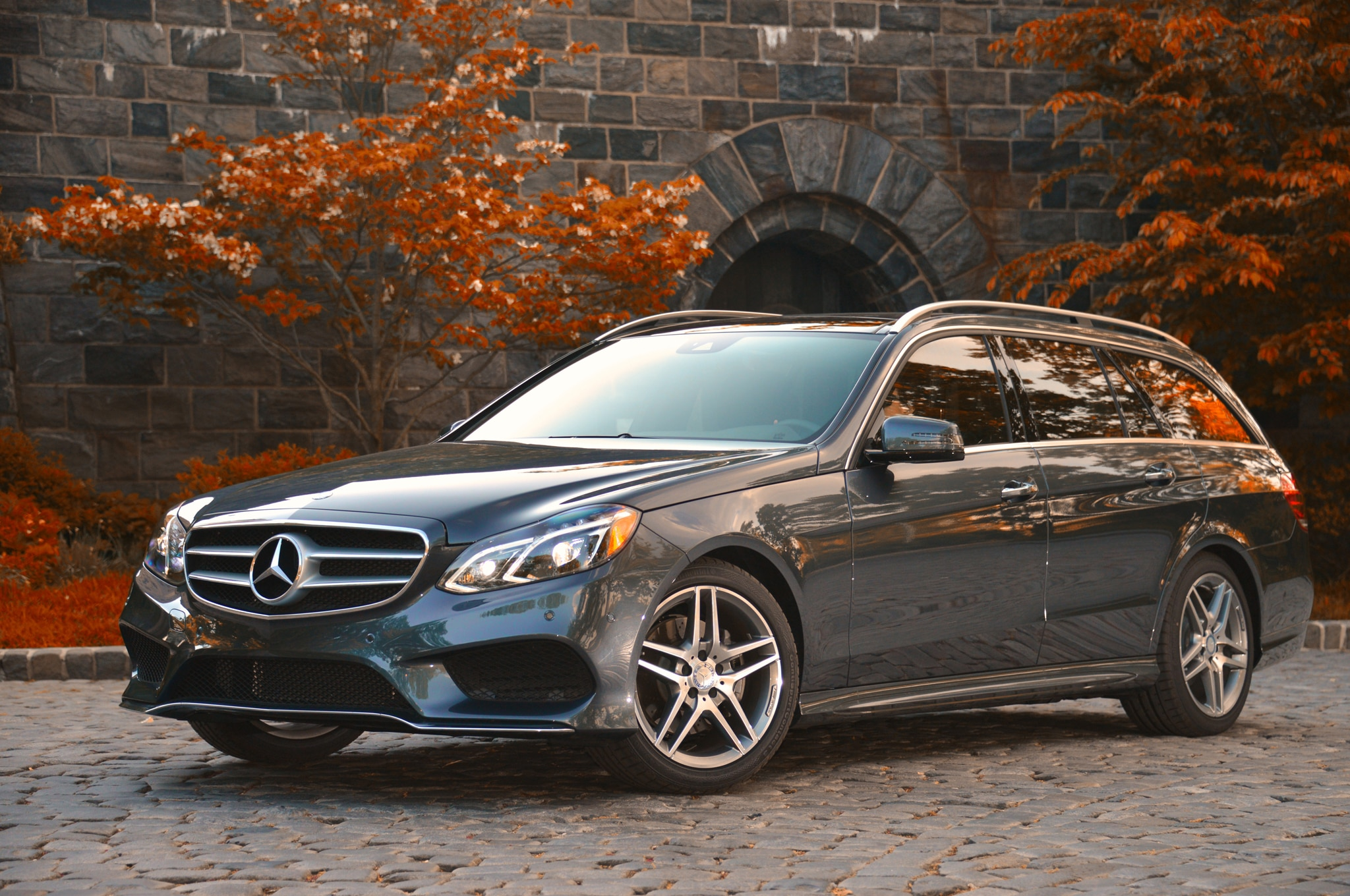2014 Mercedes-Benz E550 4Matic: Around The Block