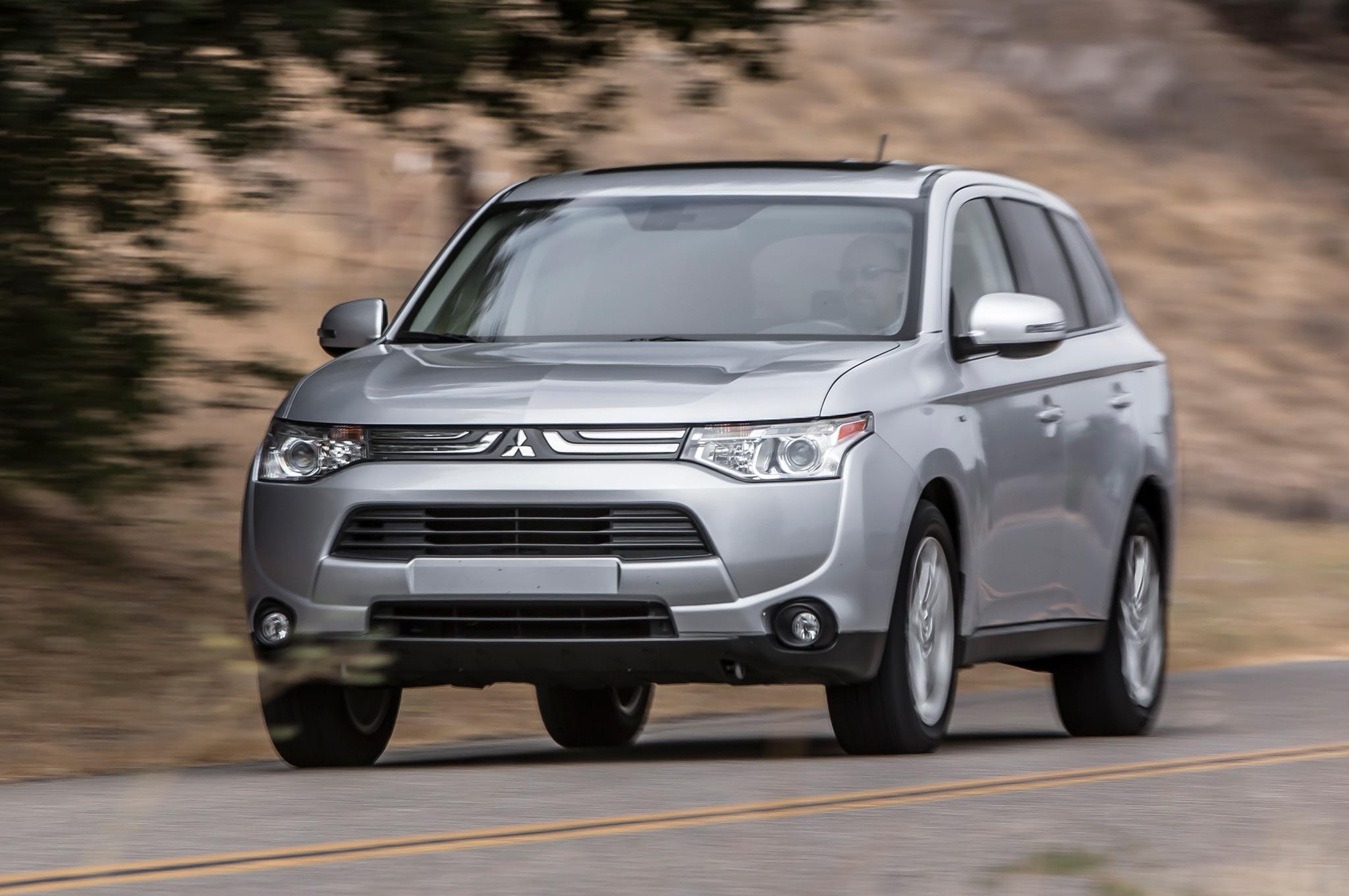 2014 Mitsubishi Outlander Rated Top Safety Pick +