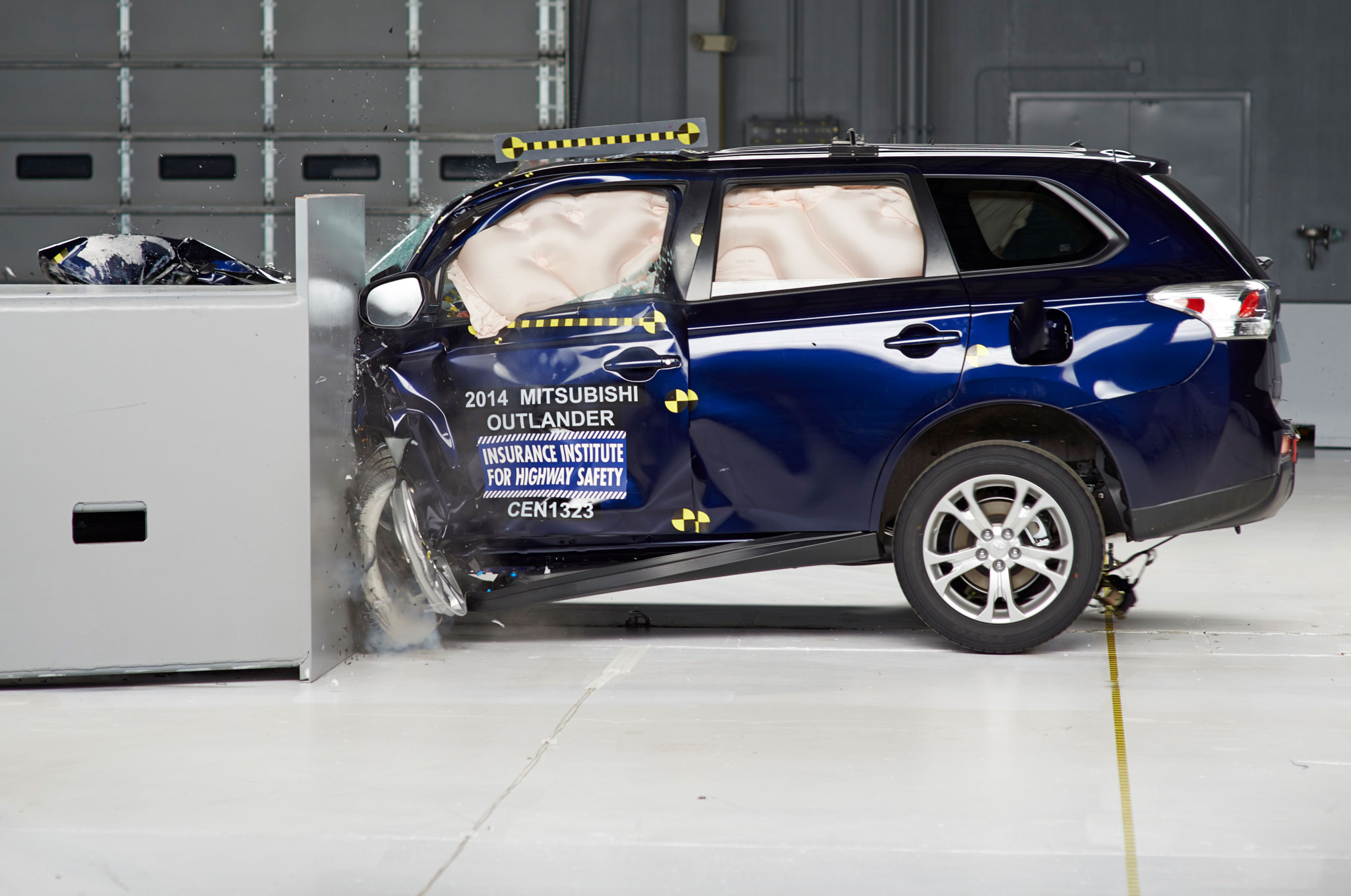 2014 Mitsubishi Outlander Rated Top Safety Pick