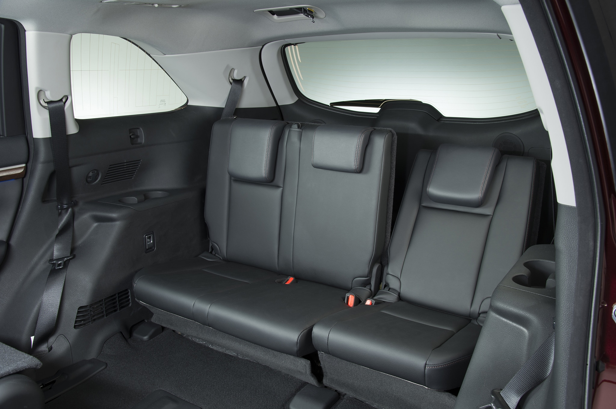 Toyota Highlander Seating >> 2014 Toyota Highlander Review Automobile Magazine