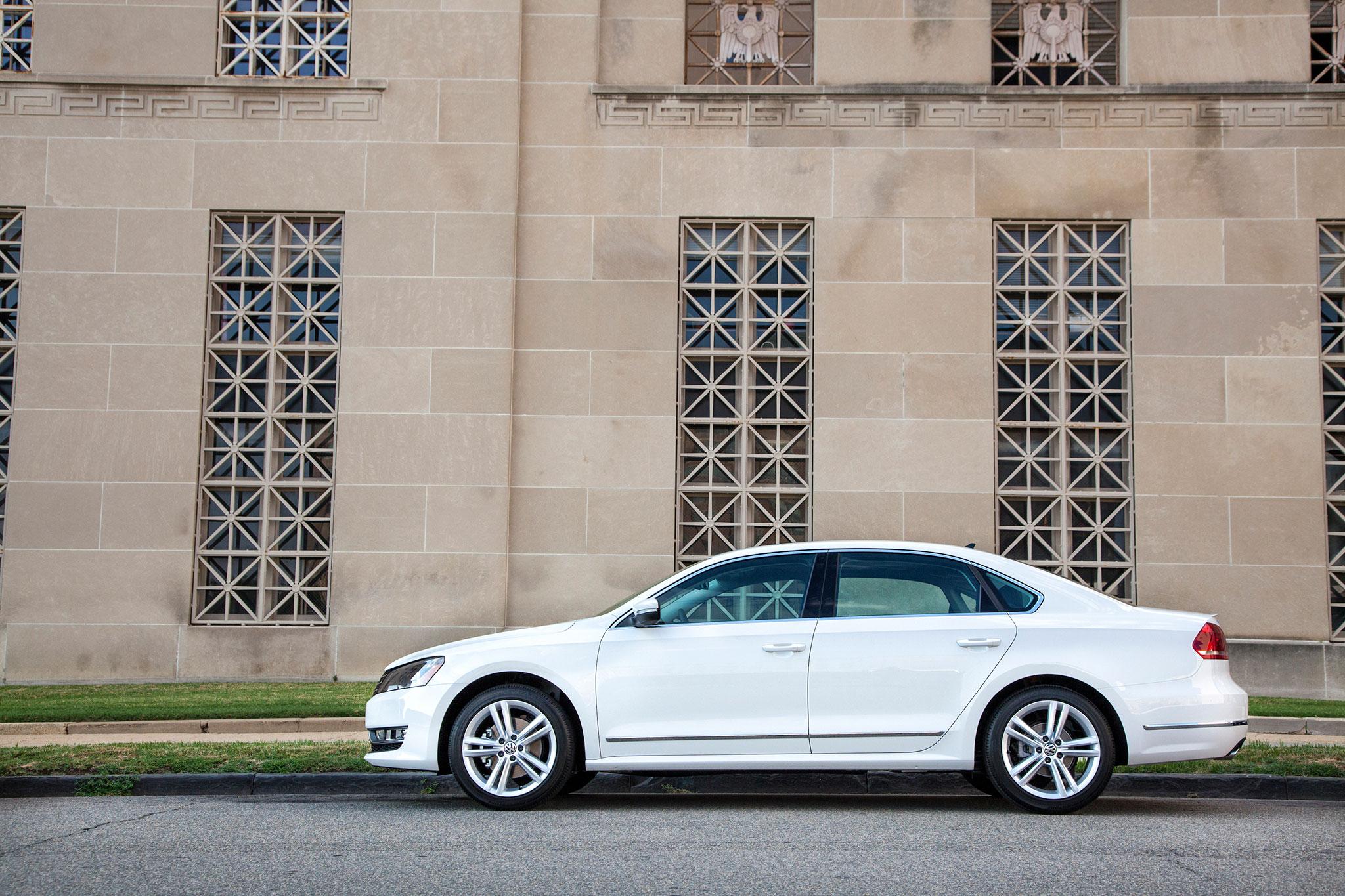 2014 Volkswagen Passat 1 8T Sport: Around The Block