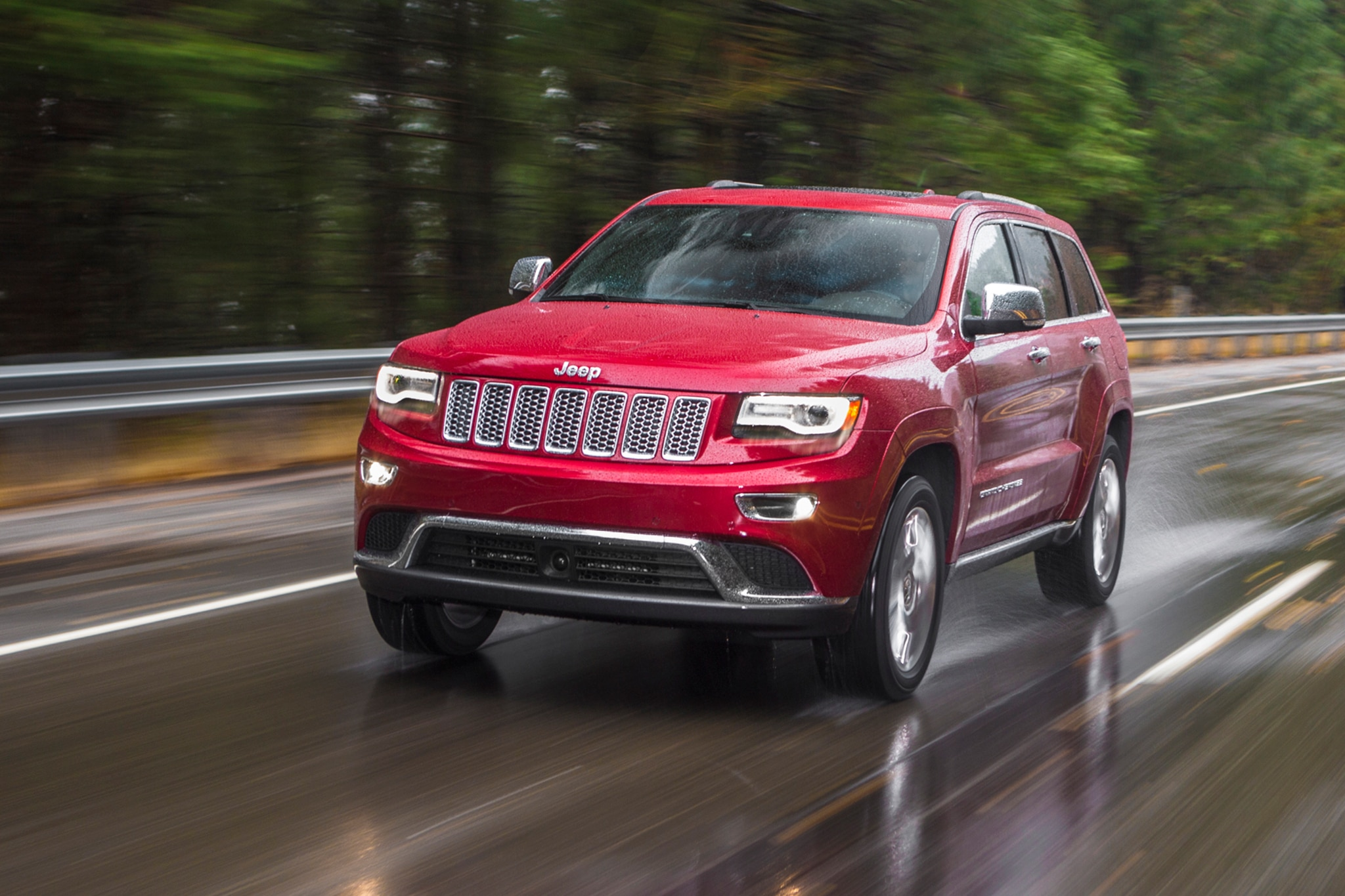 Jeep Grand Cherokee To Offer 230 Hp 30l Pentastar V 6 In China 2013 Overland Summit 2014