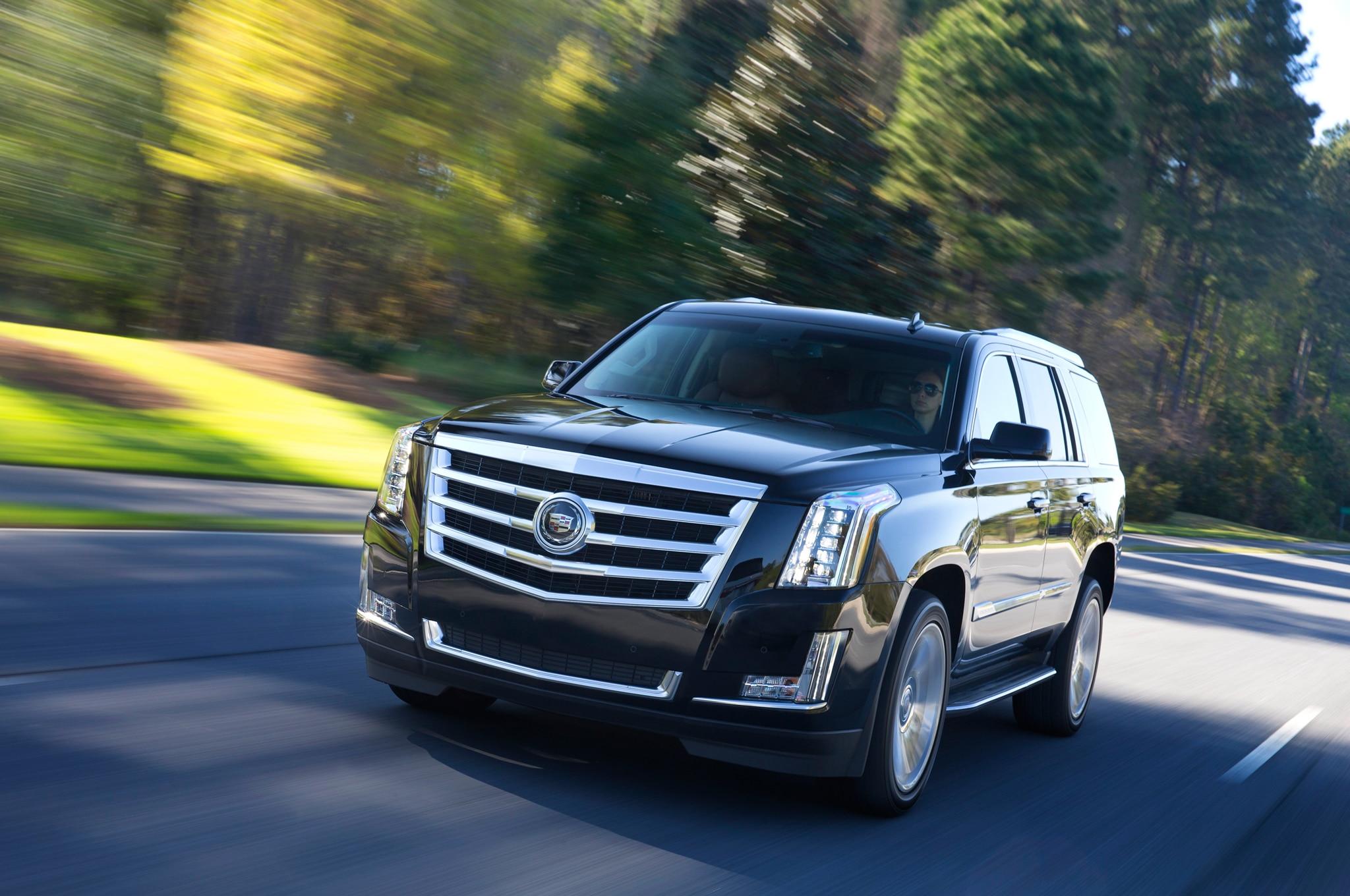 2015 Cadillac Escalade vs. 2015 Lincoln Navigator Comparison