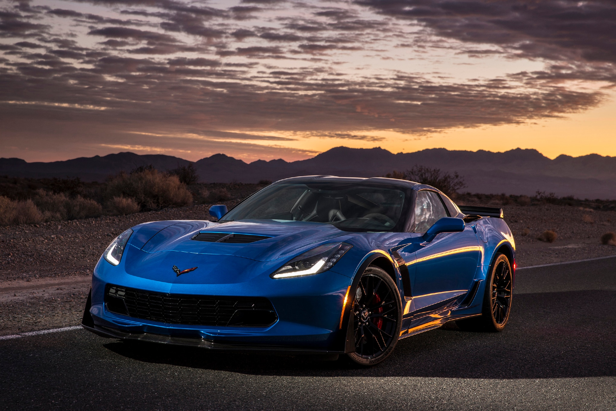 lingenfelter and callaway unveil 2015 corvette z06 upgrade. Black Bedroom Furniture Sets. Home Design Ideas